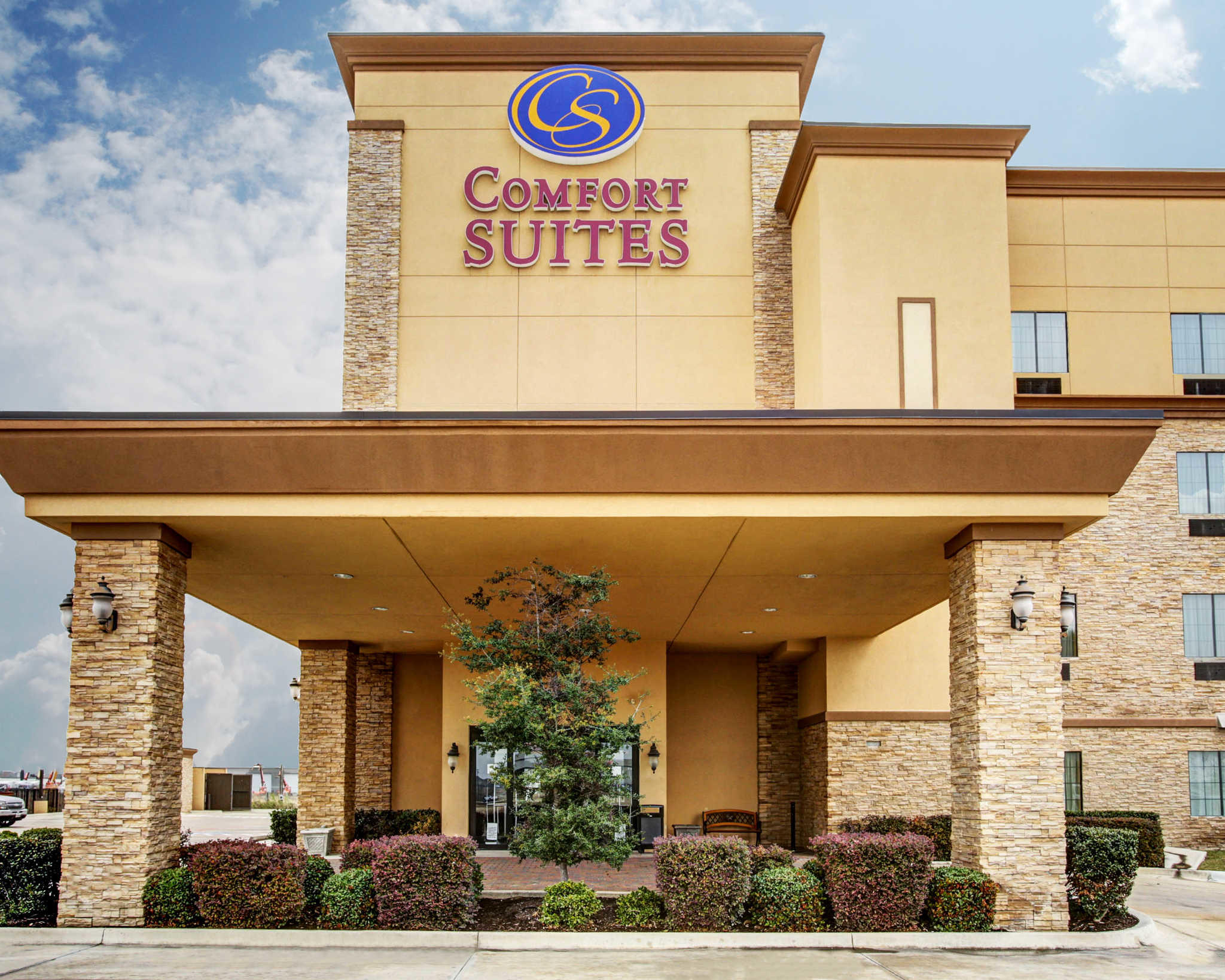 Comfort Suites Buda - Austin South image 1