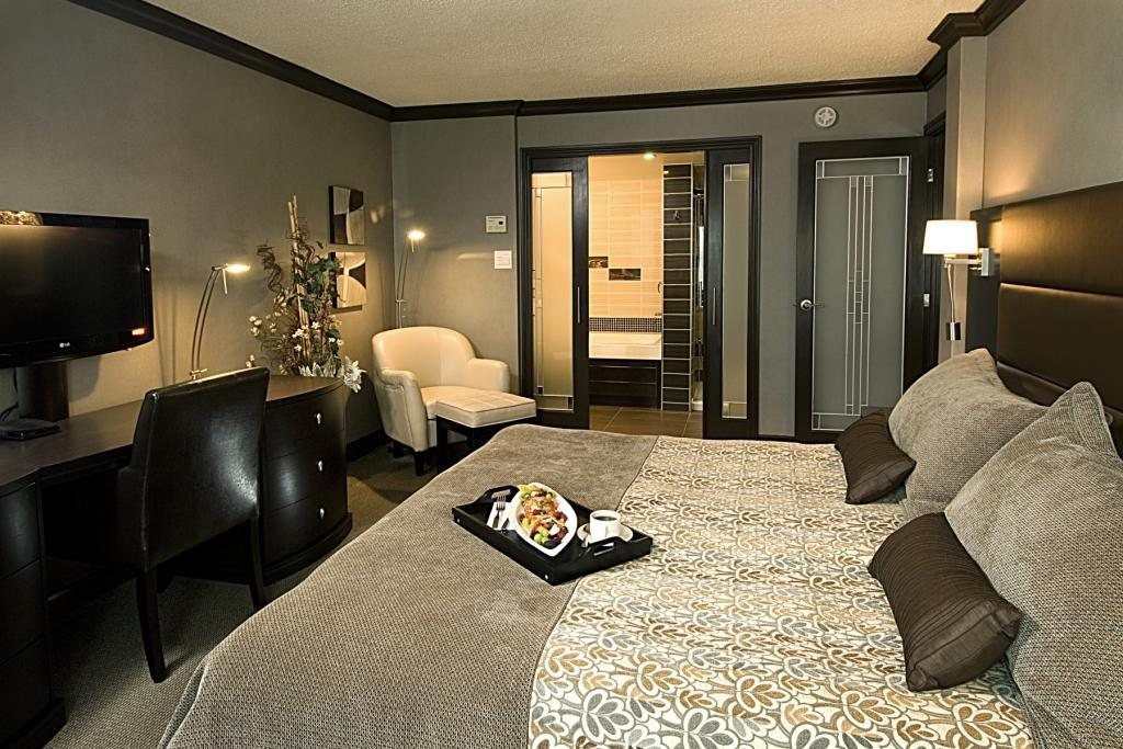 Best Western Plus Hotel Universel Drummondville à Drummondville: Suite King