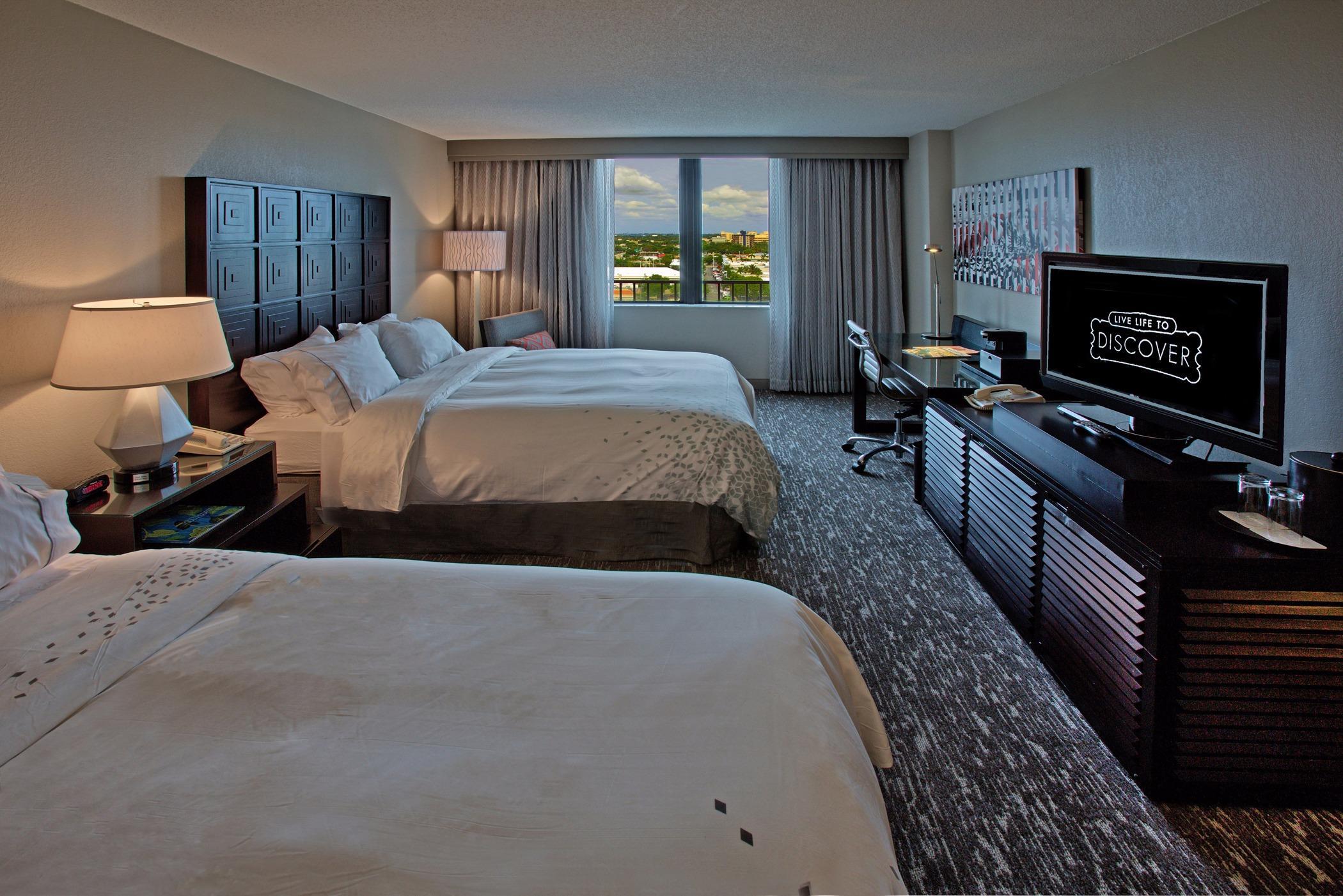 Renaissance Fort Lauderdale Cruise Port Hotel image 7