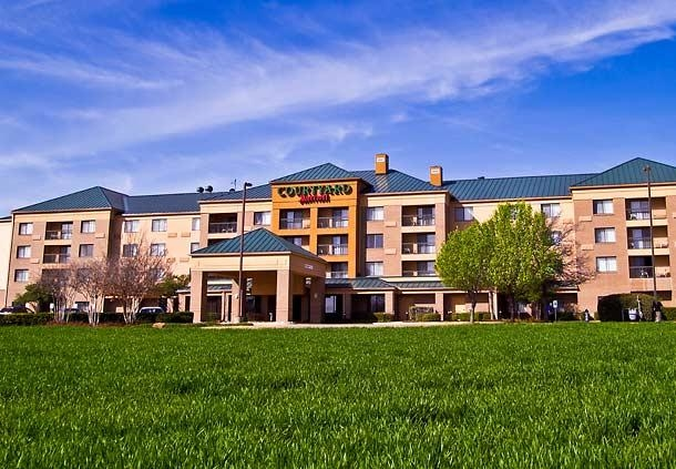 Courtyard by Marriott Dallas Richardson at Campbell image 0