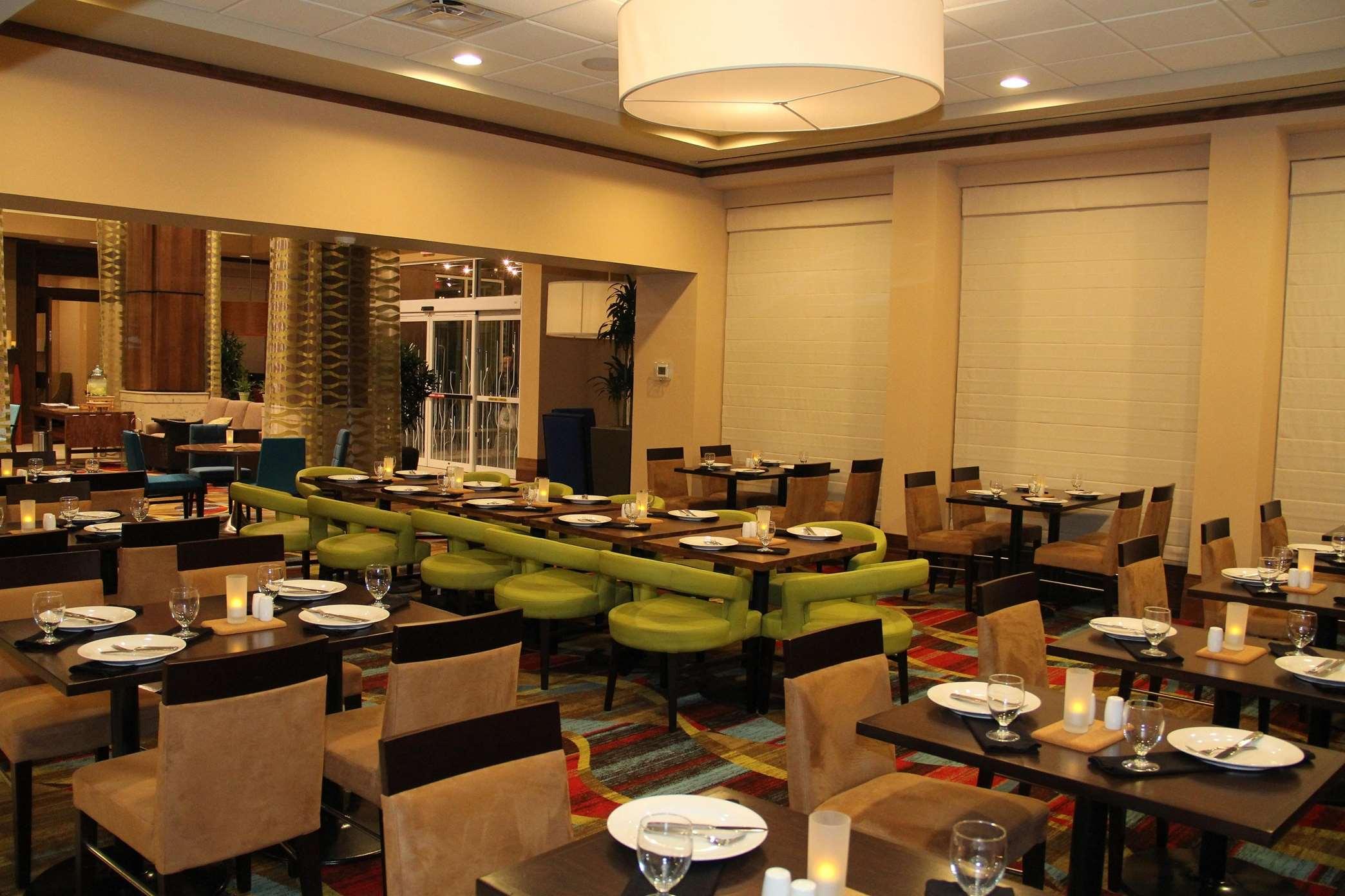 Hilton Garden Inn San Antonio At The Rim 5730 Rim Pass San Antonio ...