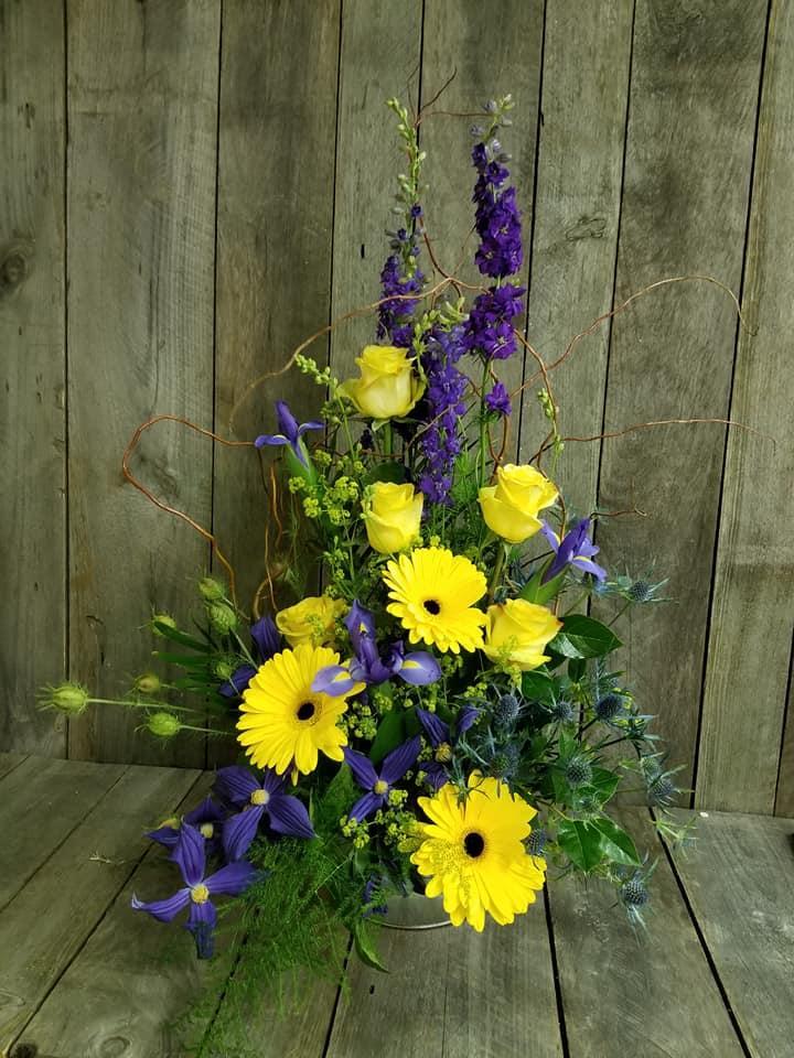 Picket Fence Floral & Design image 6