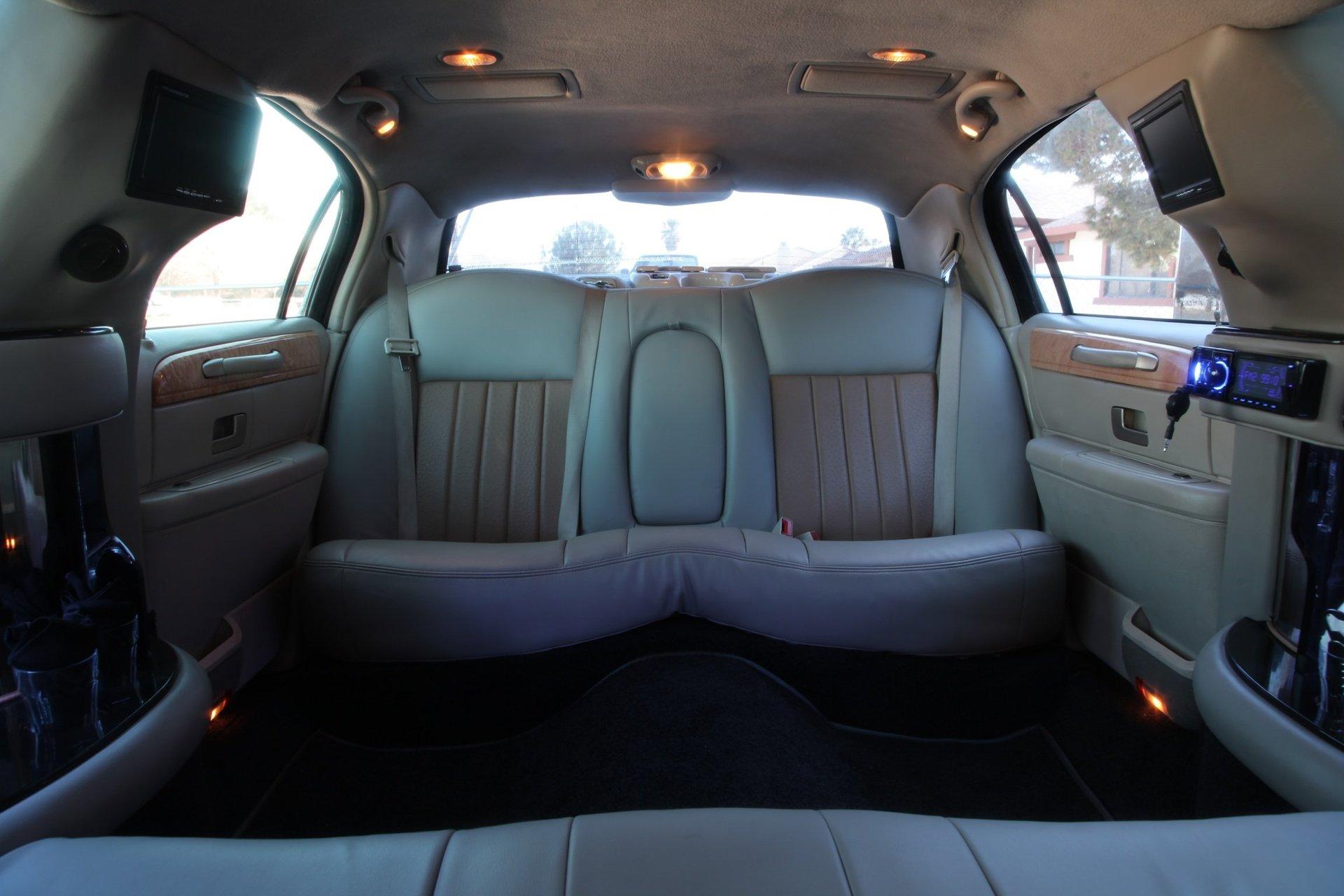 Royalty Limousine Services Inc image 9