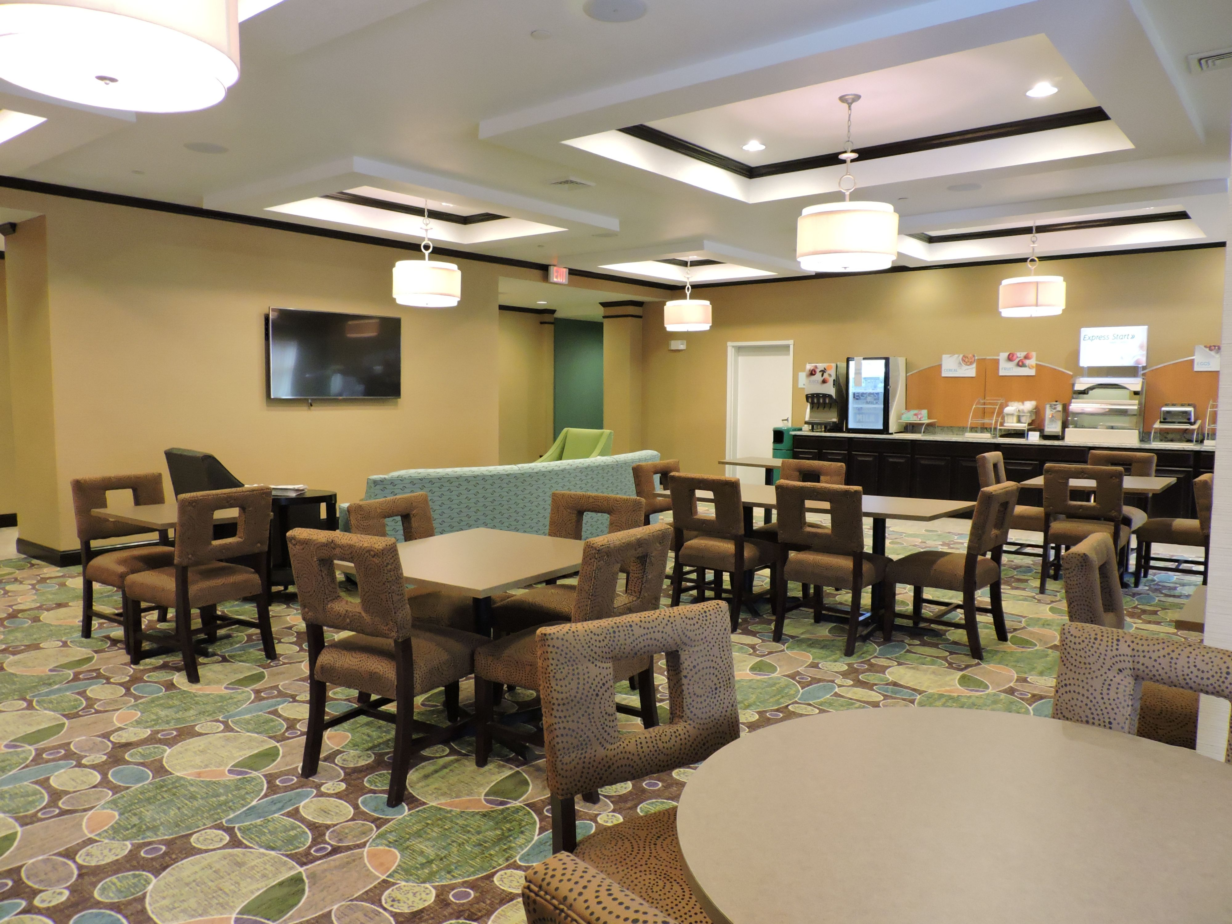 Holiday Inn Express & Suites Montgomery image 2
