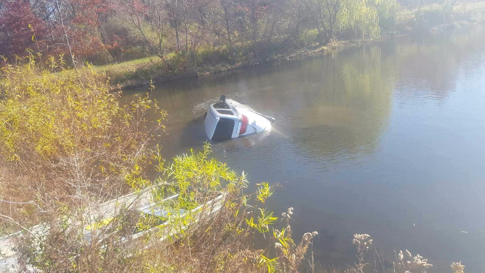 Scott's Towing & Recovery image 13