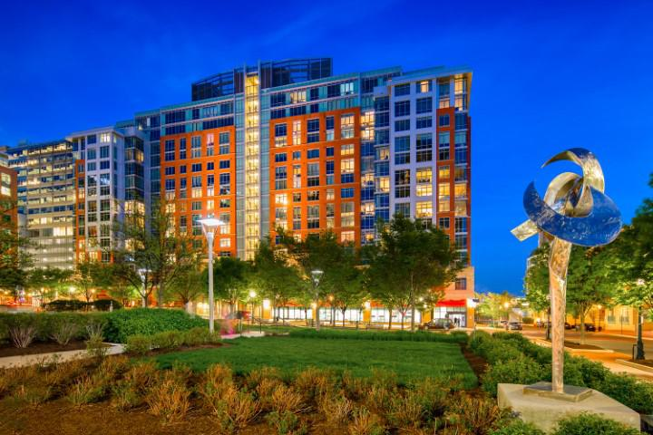 The Avant at Reston Town Center image 28