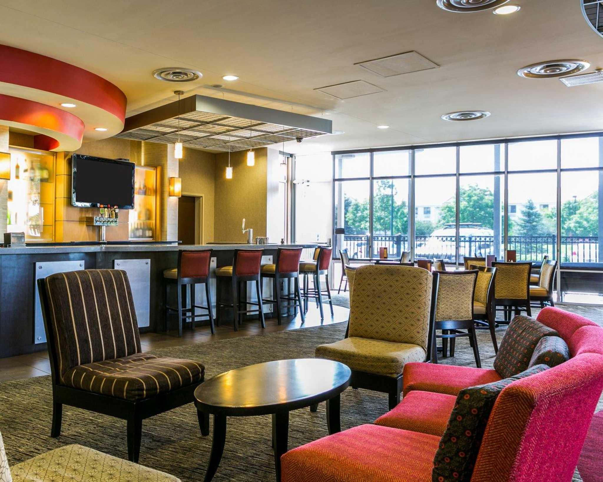 Cambria Hotel Denver International Airport image 0