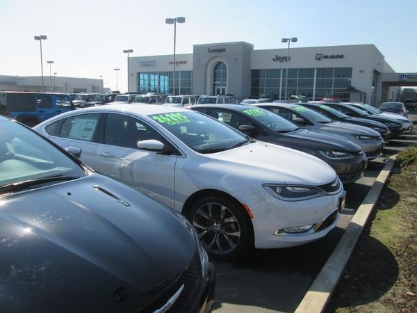 Visalia Car Dealers >> Lampe Chrysler Dodge Jeep Ram FIAT - Visalia, CA - New » Topix