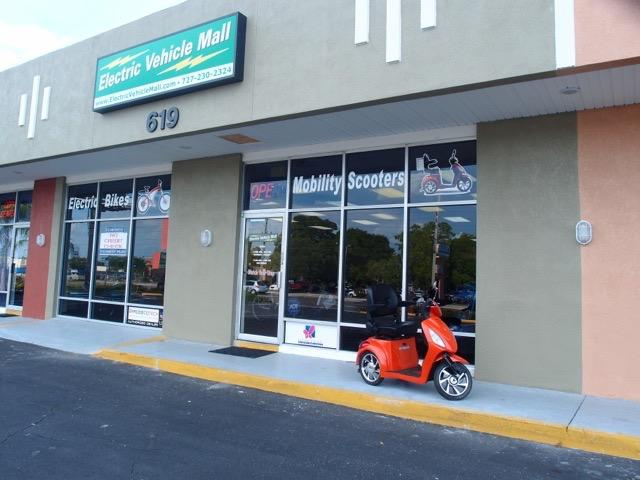 Electric Vehicle Mall in Largo, FL, photo #2