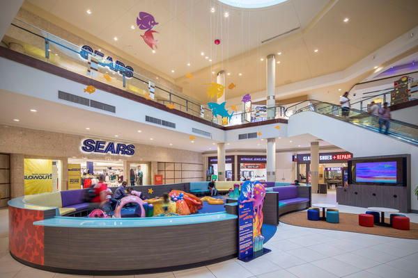 Cumberland Mall image 5