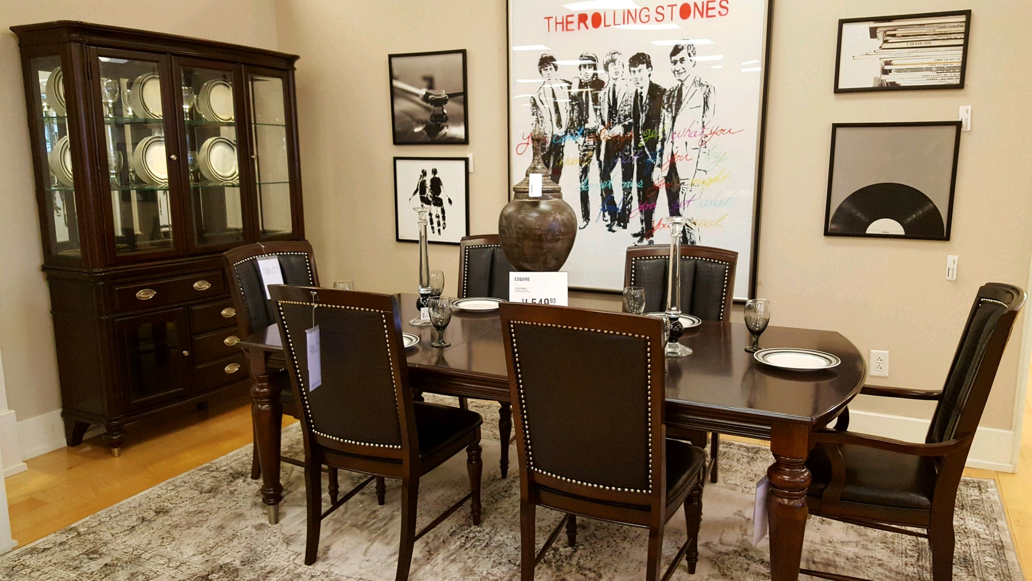 American Signature Furniture image 9