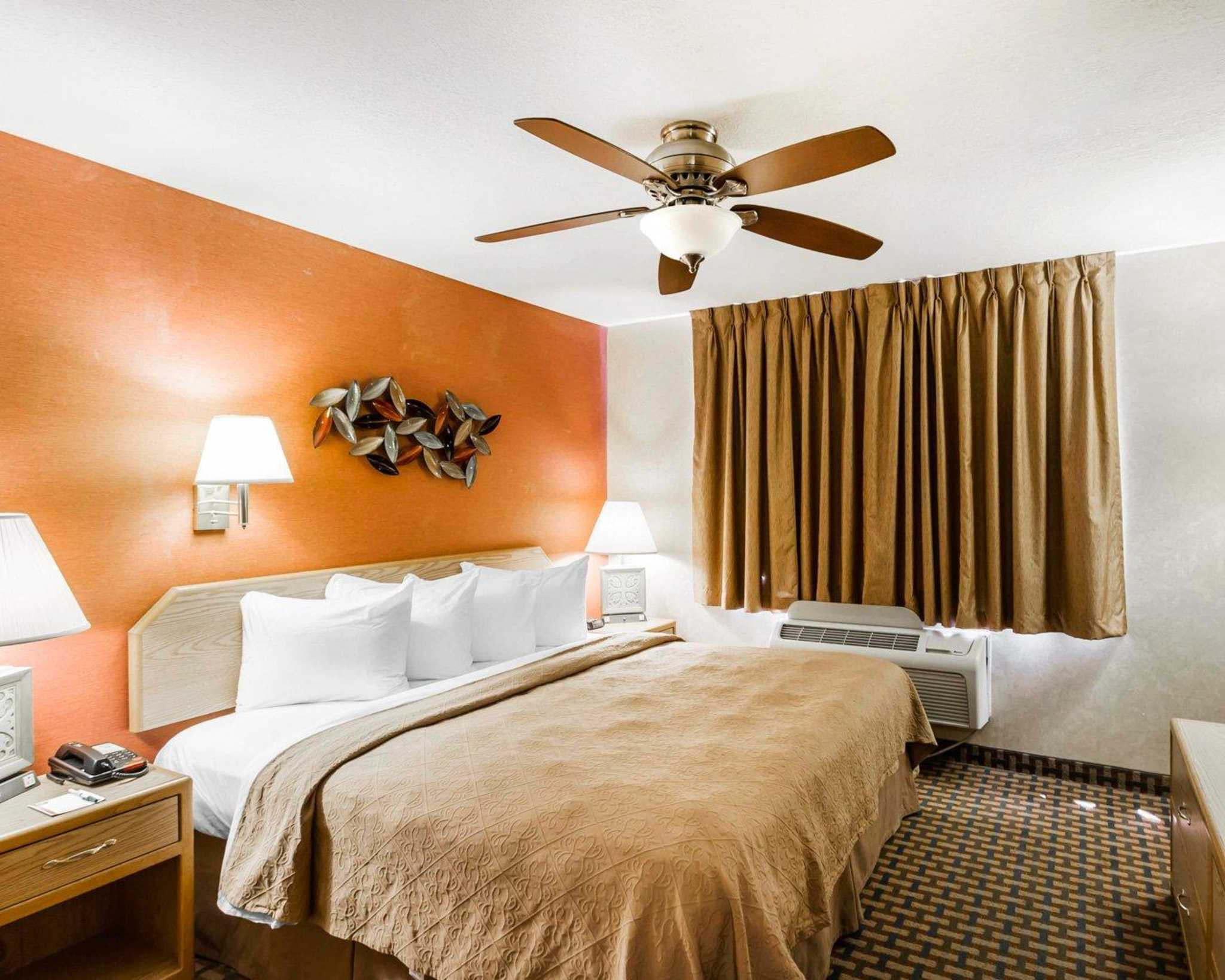 Quality Inn & Suites Surprise Near Sun City West image 39