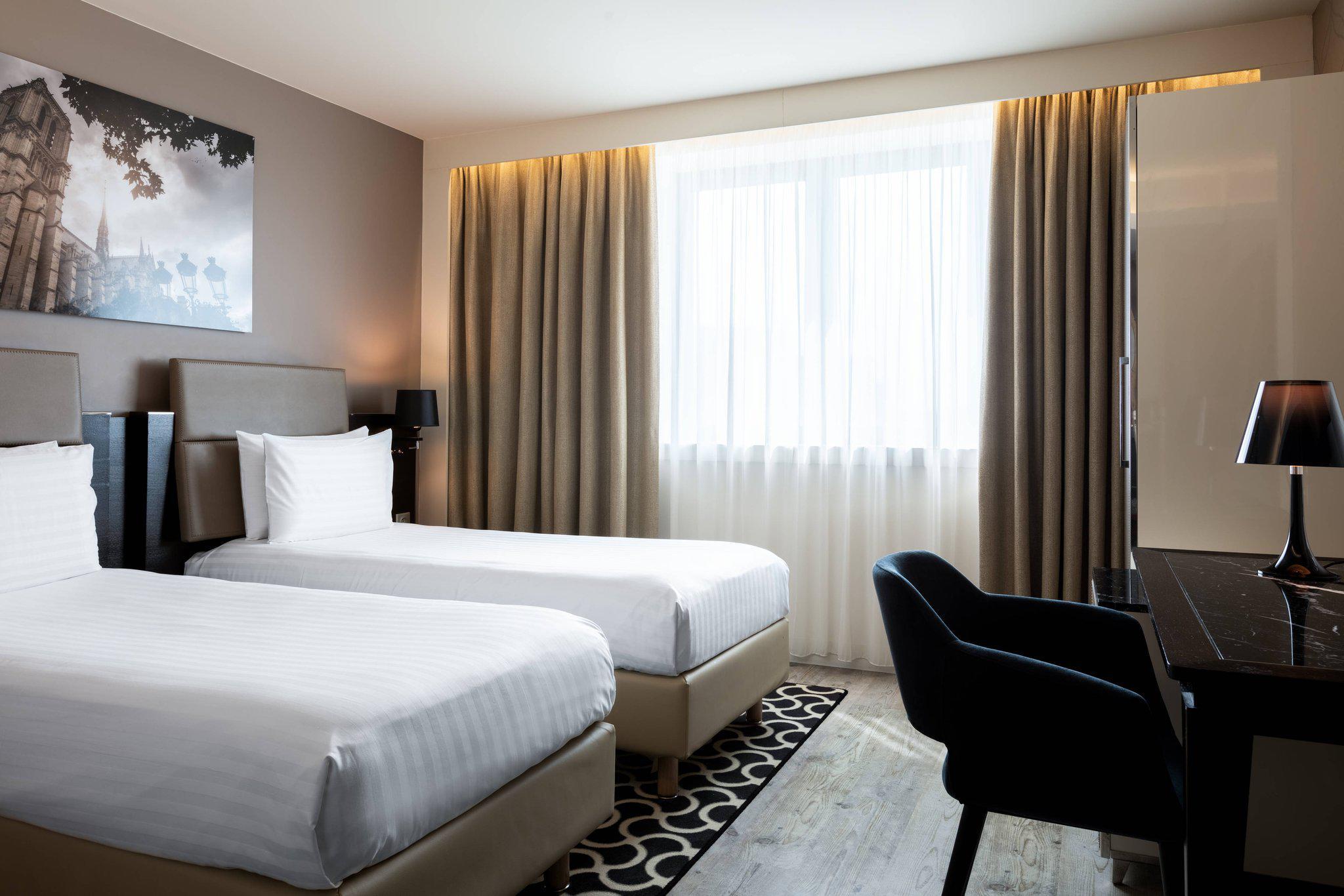 AC Hotel by Marriott Paris Porte Maillot