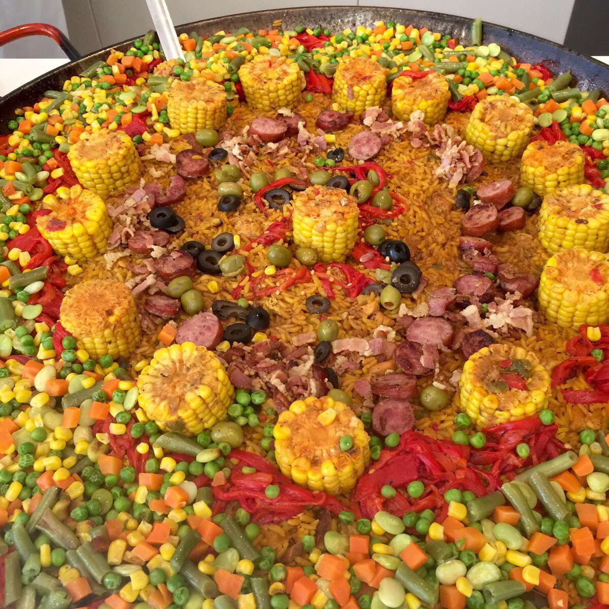 Don Paella Catering image 1