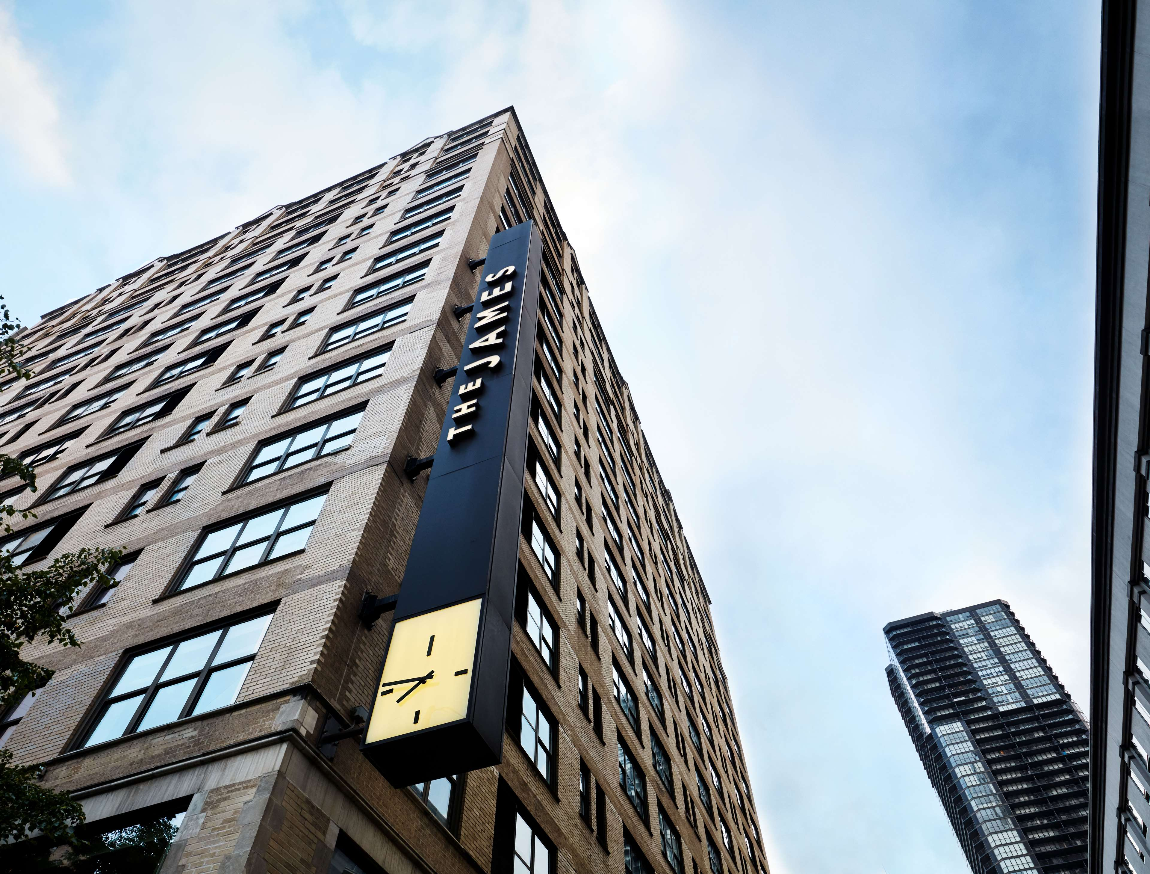 The James Chicago - Magnificent Mile image 10
