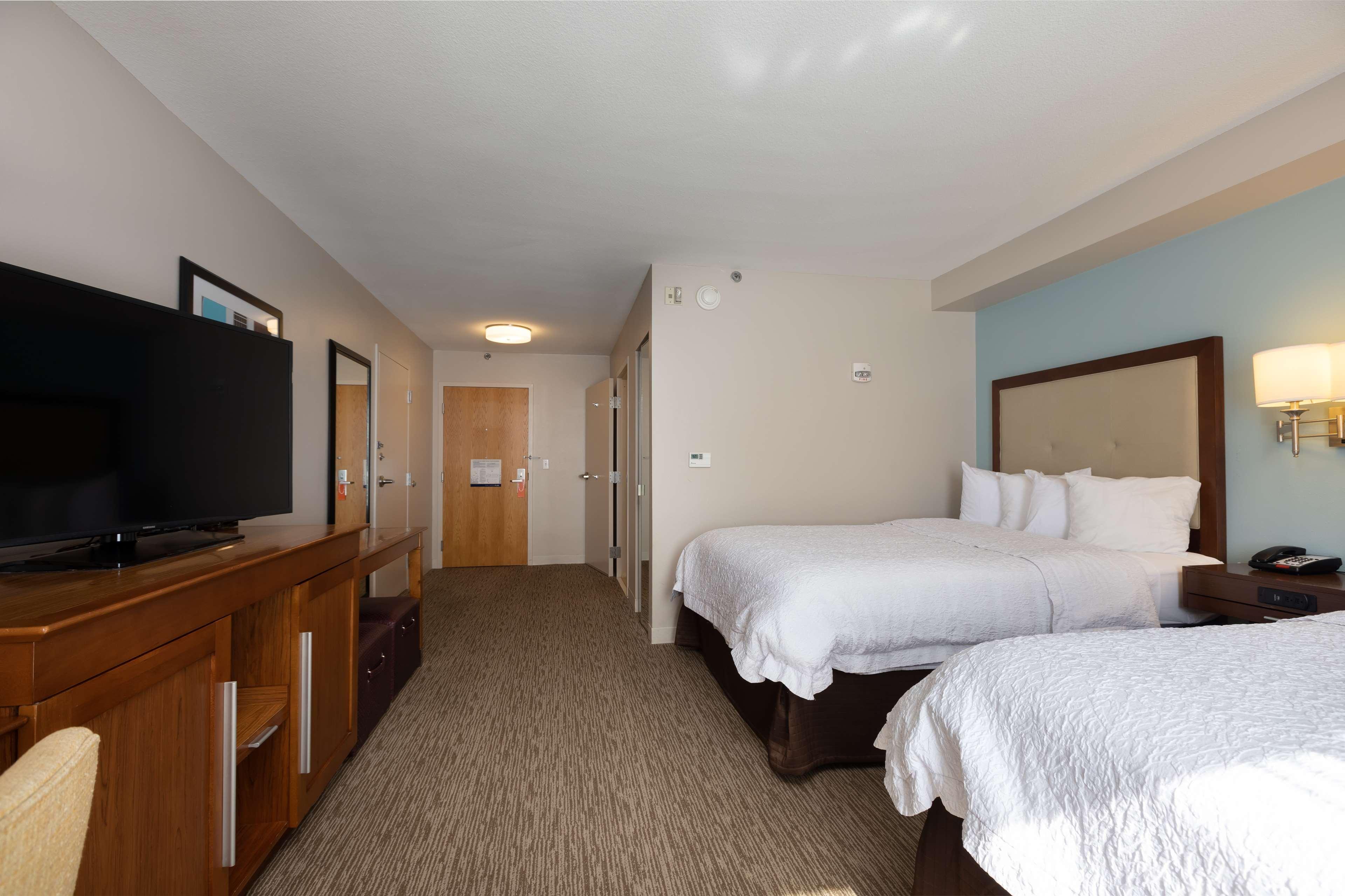 Hampton Inn & Suites Austin-Airport image 30