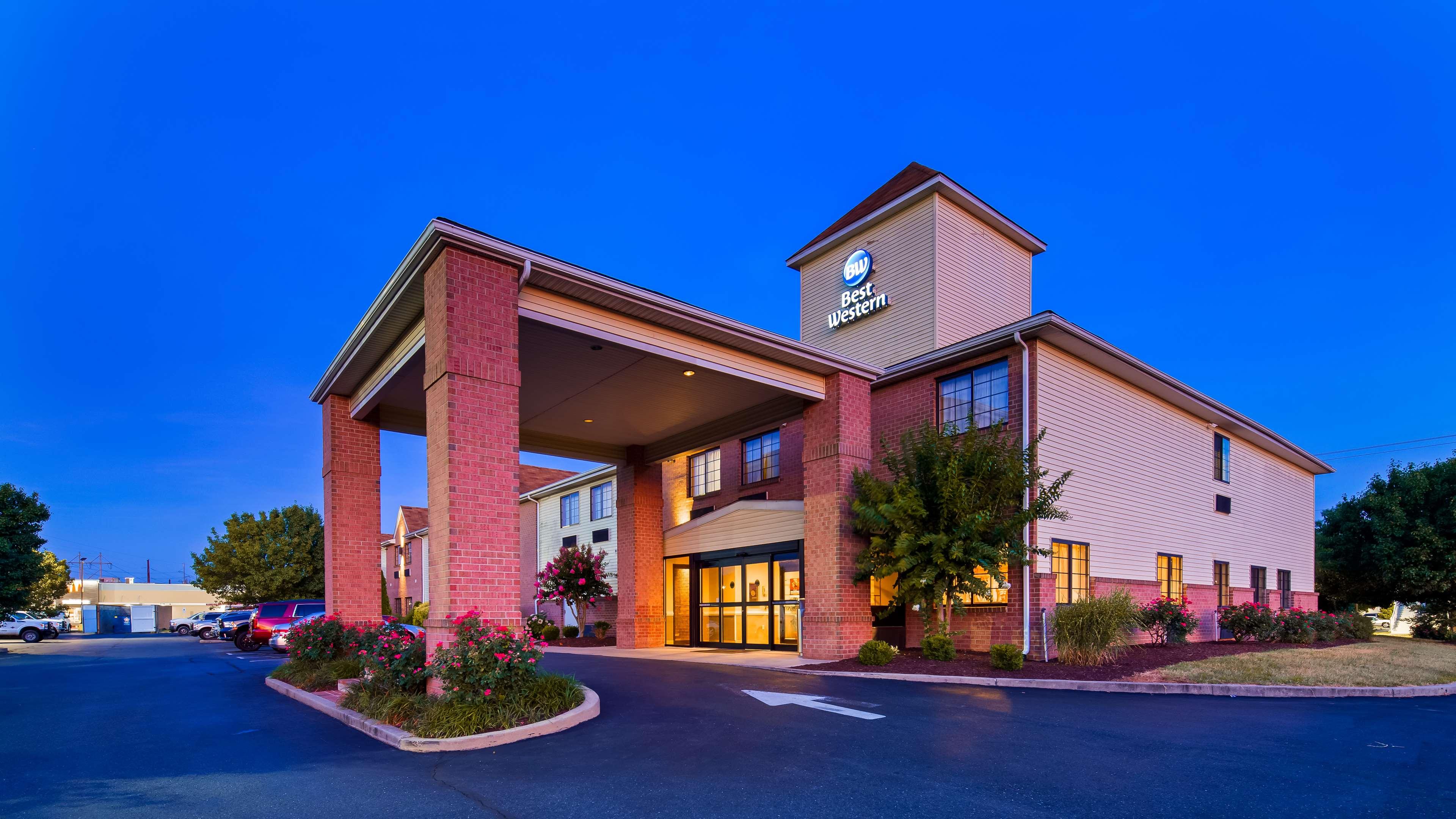 Best Western Denton Inn image 0