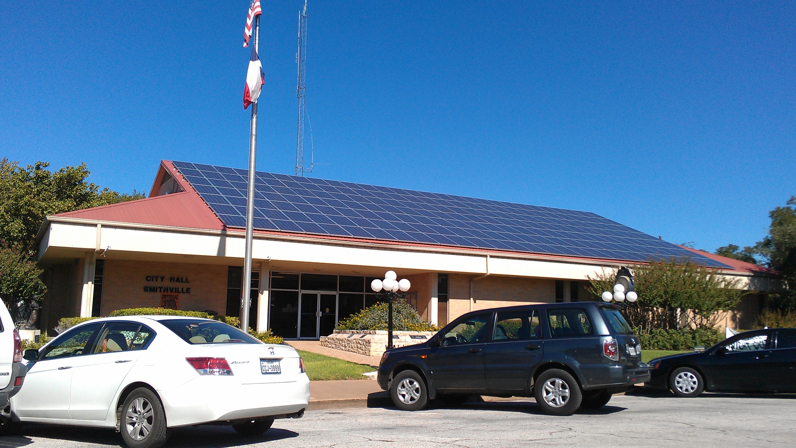 Smithville (TX) United States  city photos : Smithville texas city hall even has gone solar! our sales team has ...