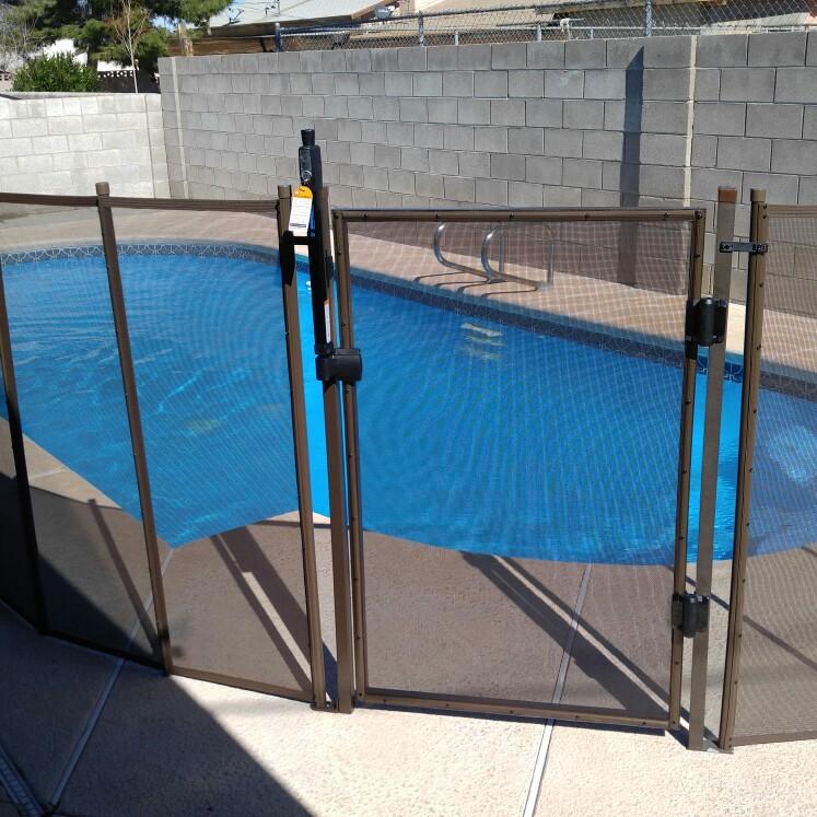 Nathans Pool Fence image 4