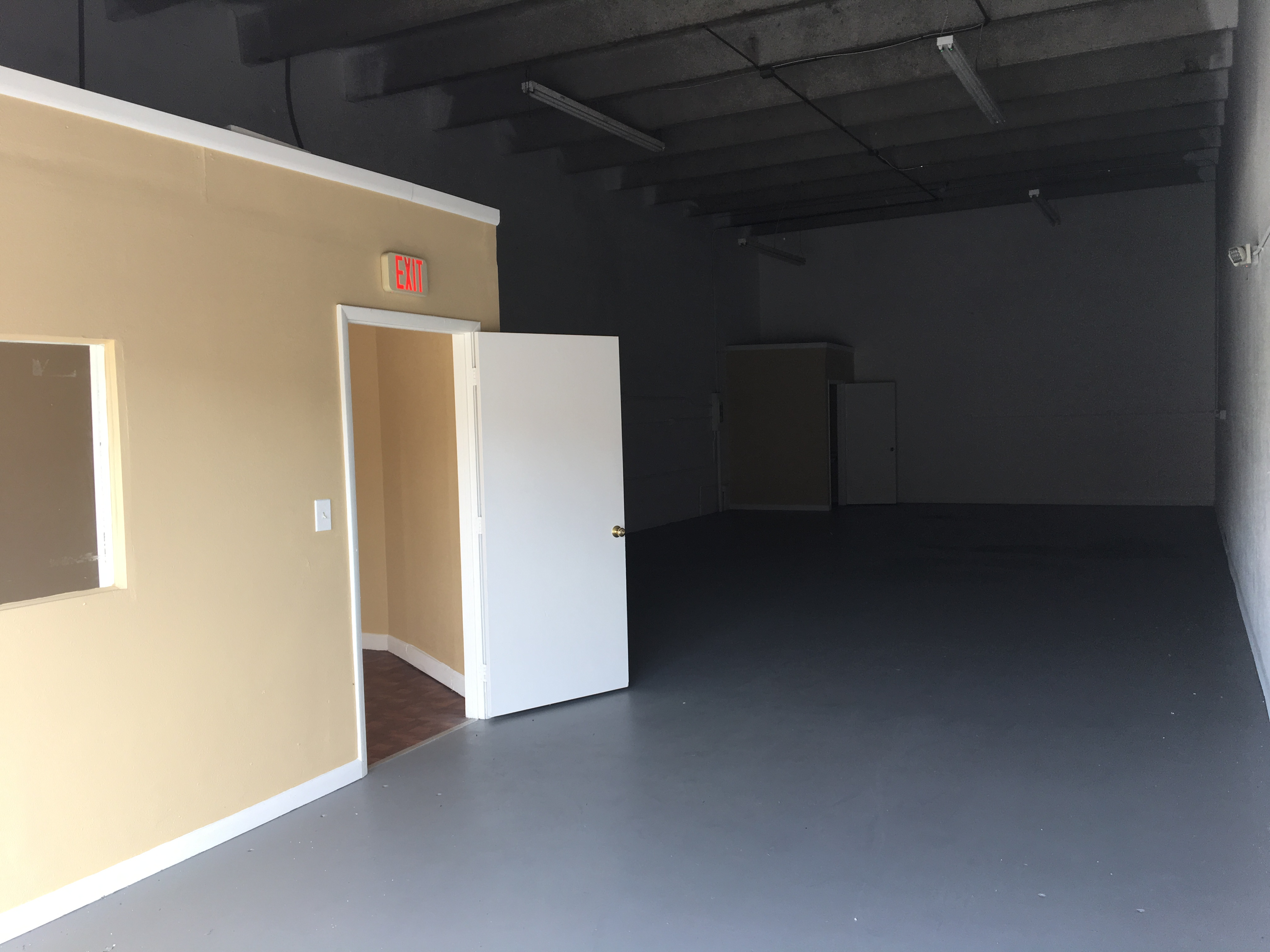 Warehouse for Rent in Miami image 63