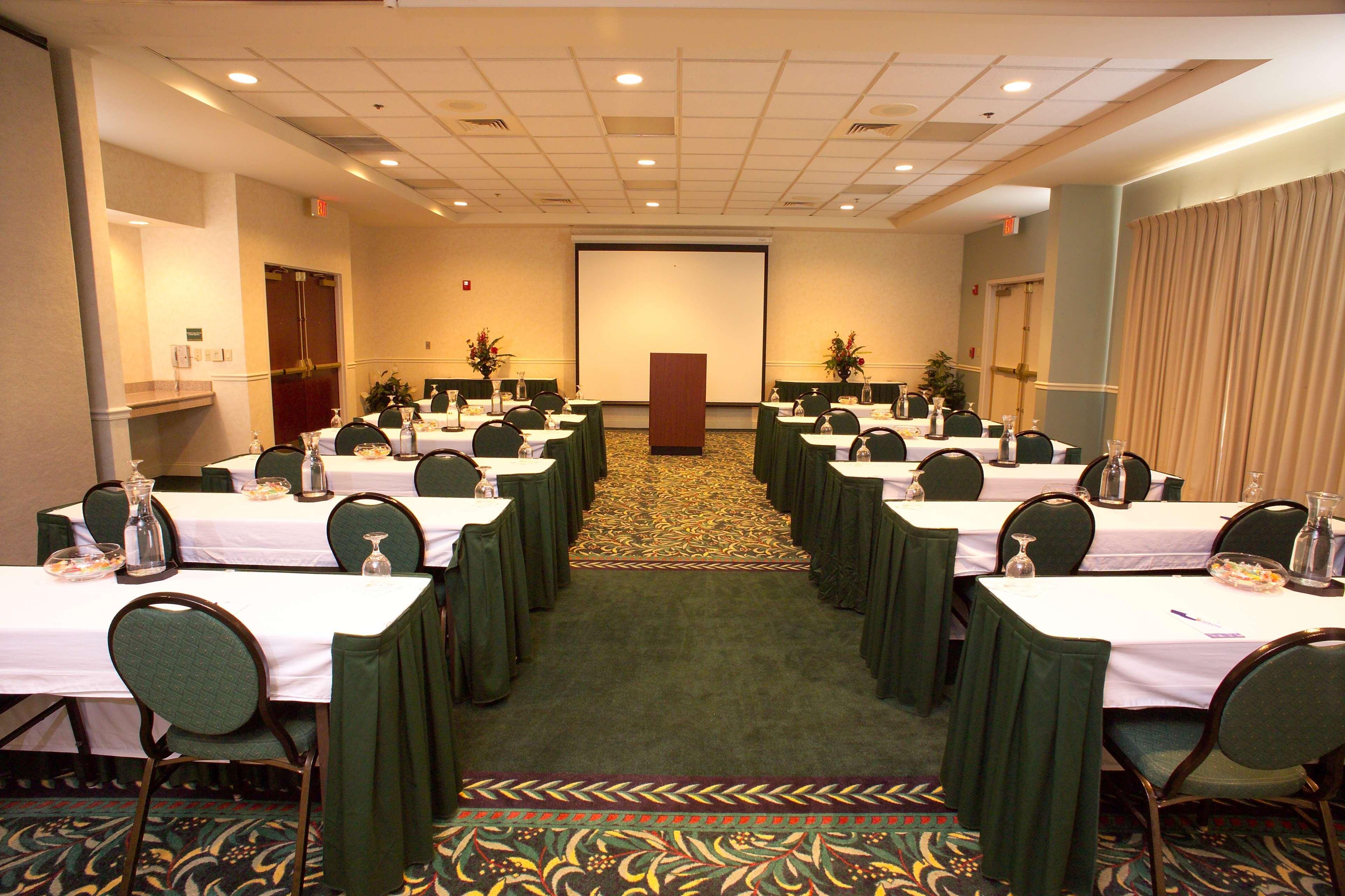 Hilton Garden Inn Jacksonville Airport image 15