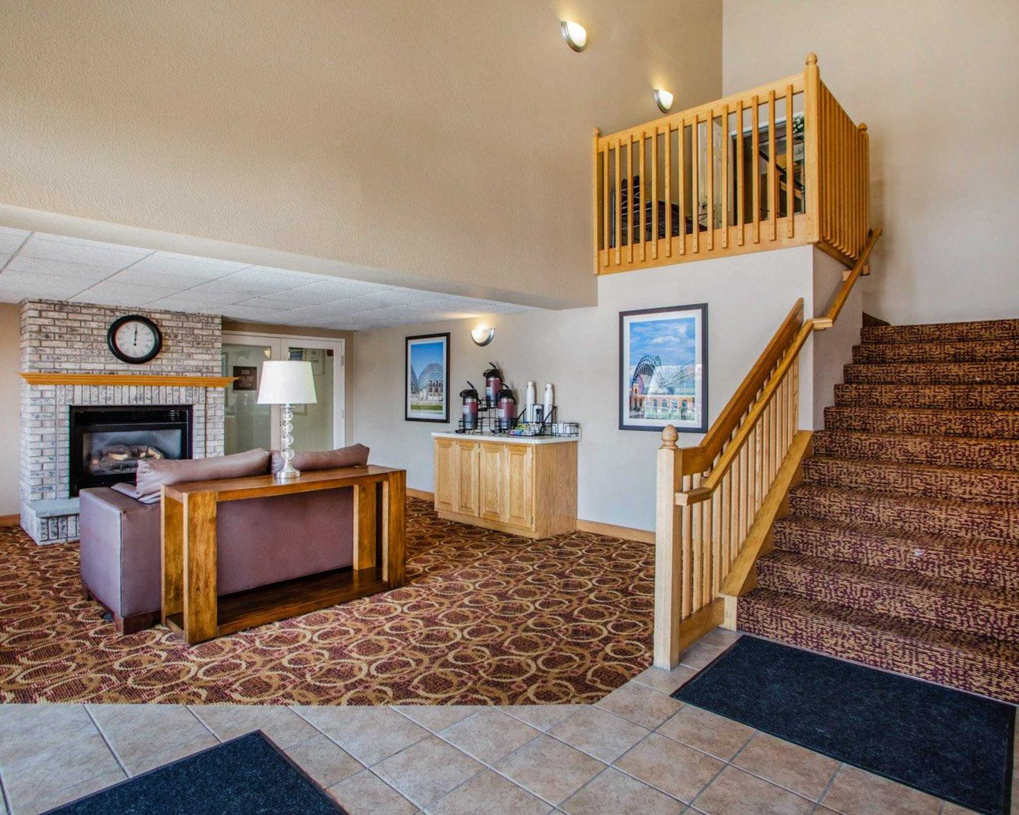 Comfort Inn & Suites Jackson - West Bend image 19