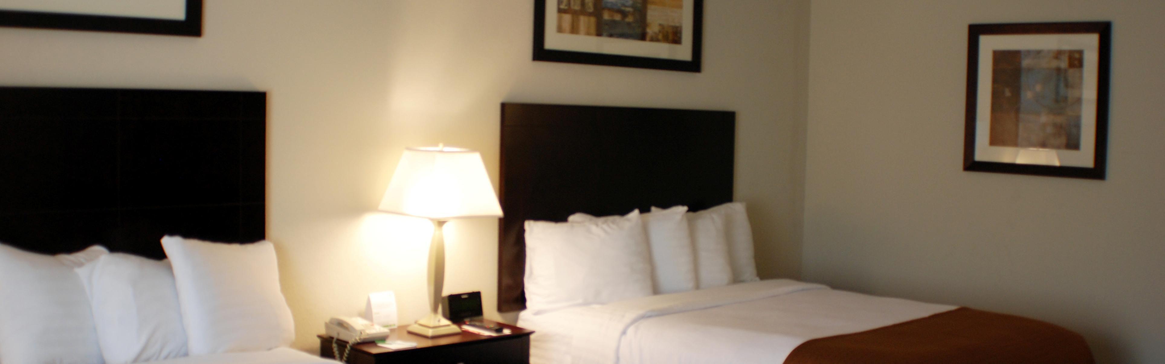 Holiday Inn Berkshires image 1