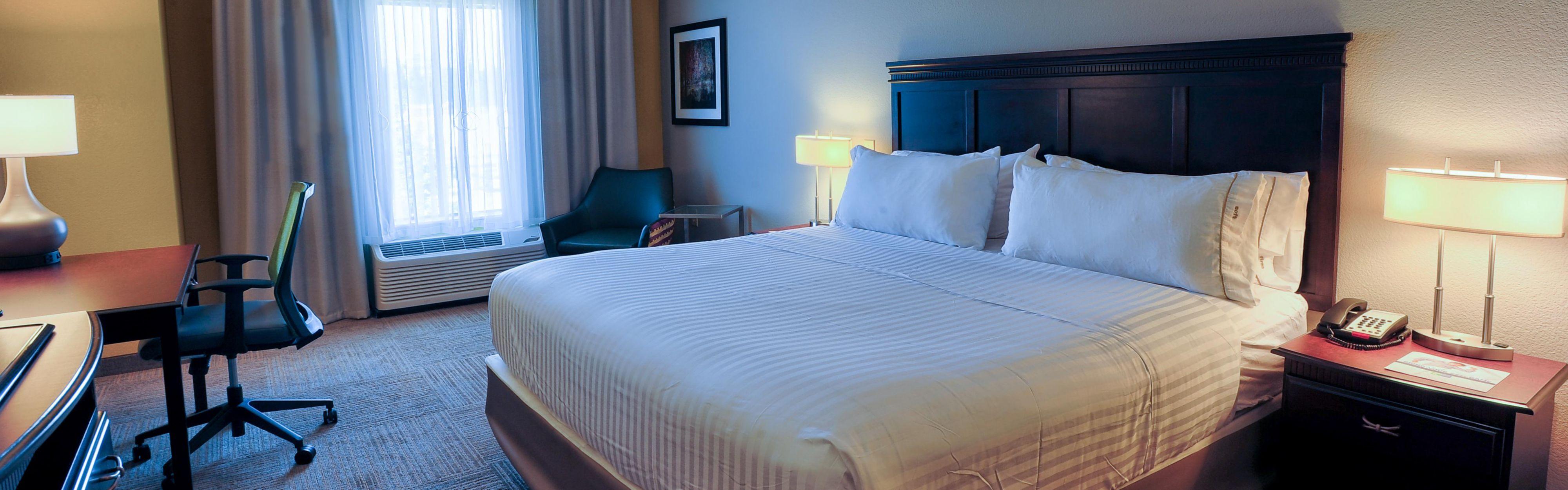 Holiday Inn Express Pell City image 1