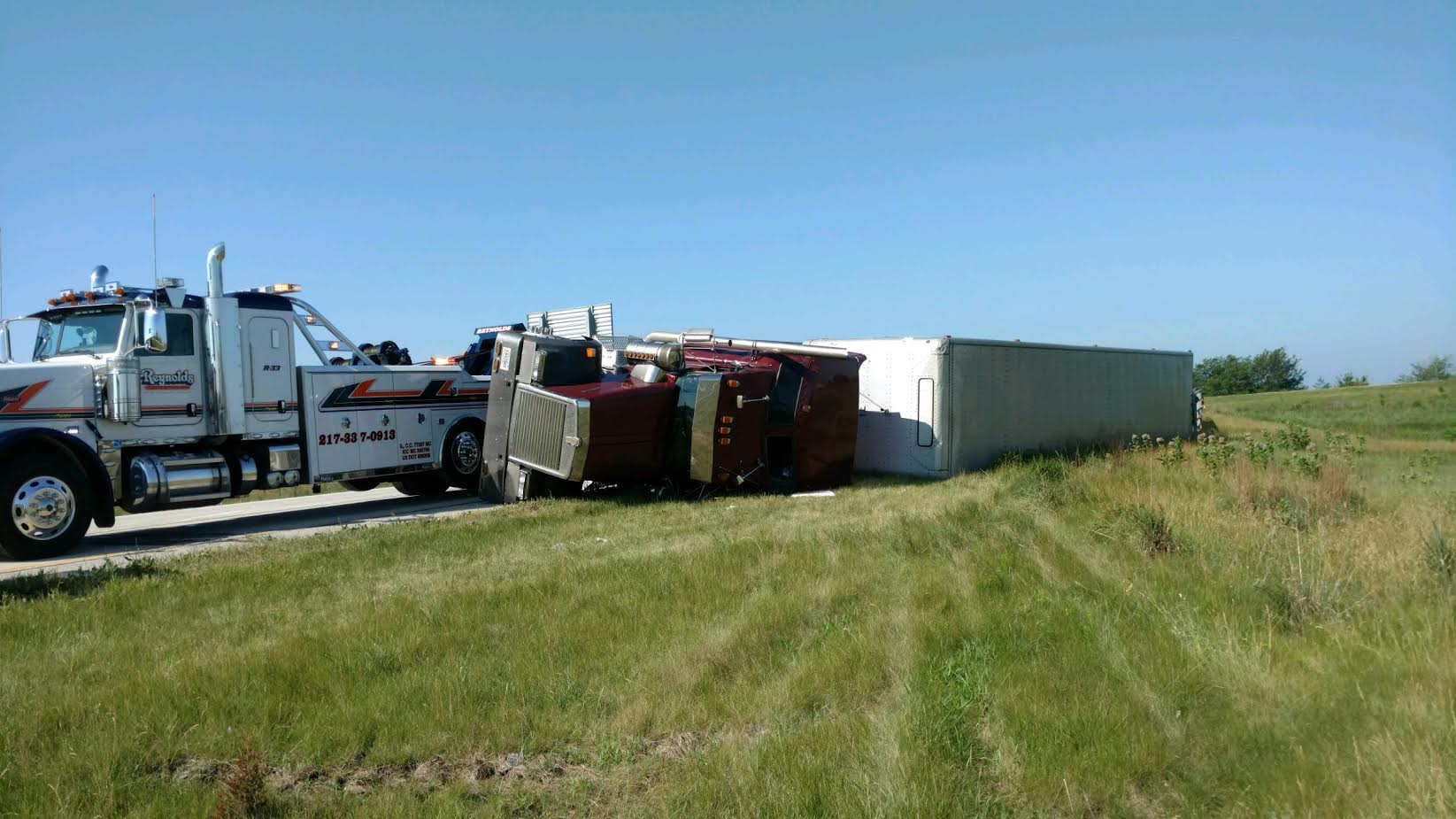 Reynolds Towing Service image 32