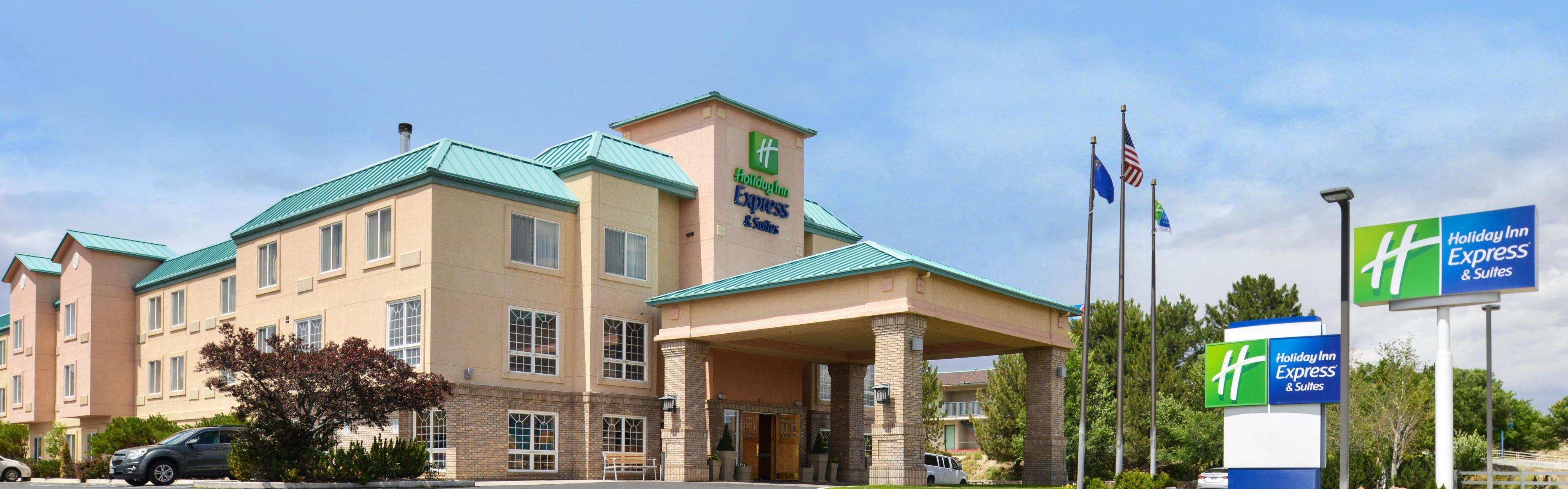 Holiday Inn Express & Suites Elko image 0