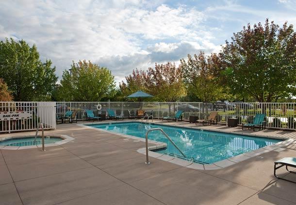 Residence Inn by Marriott Grand Rapids West image 7