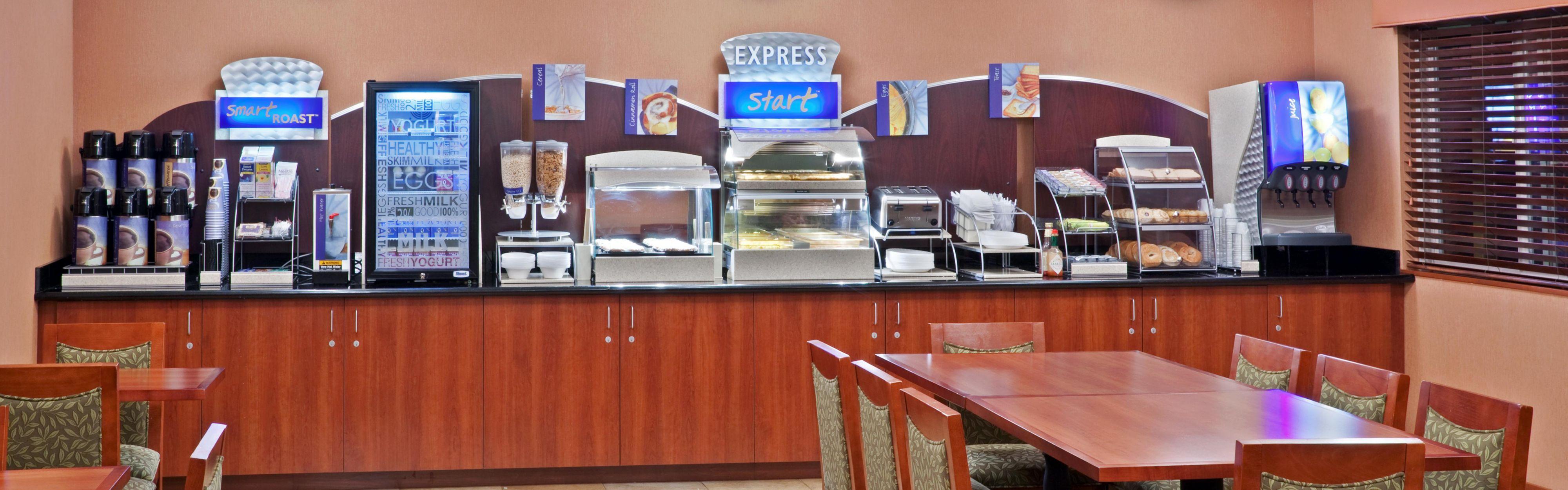 Holiday Inn Express Portland South - Lake Oswego image 3