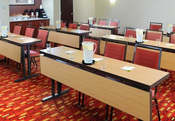 Courtyard by Marriott Houston Hobby Airport image 22