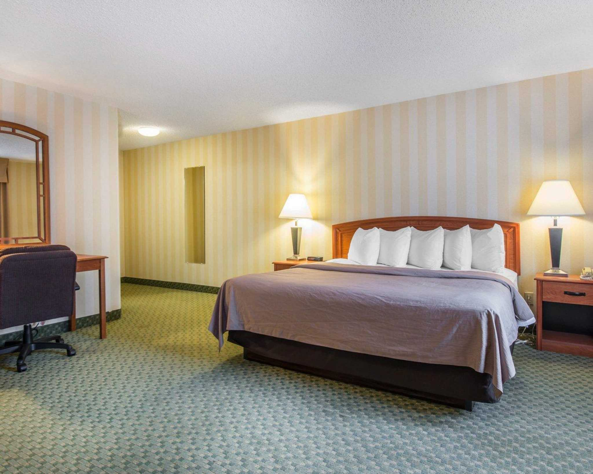 Quality Inn Colorado Springs Airport image 20