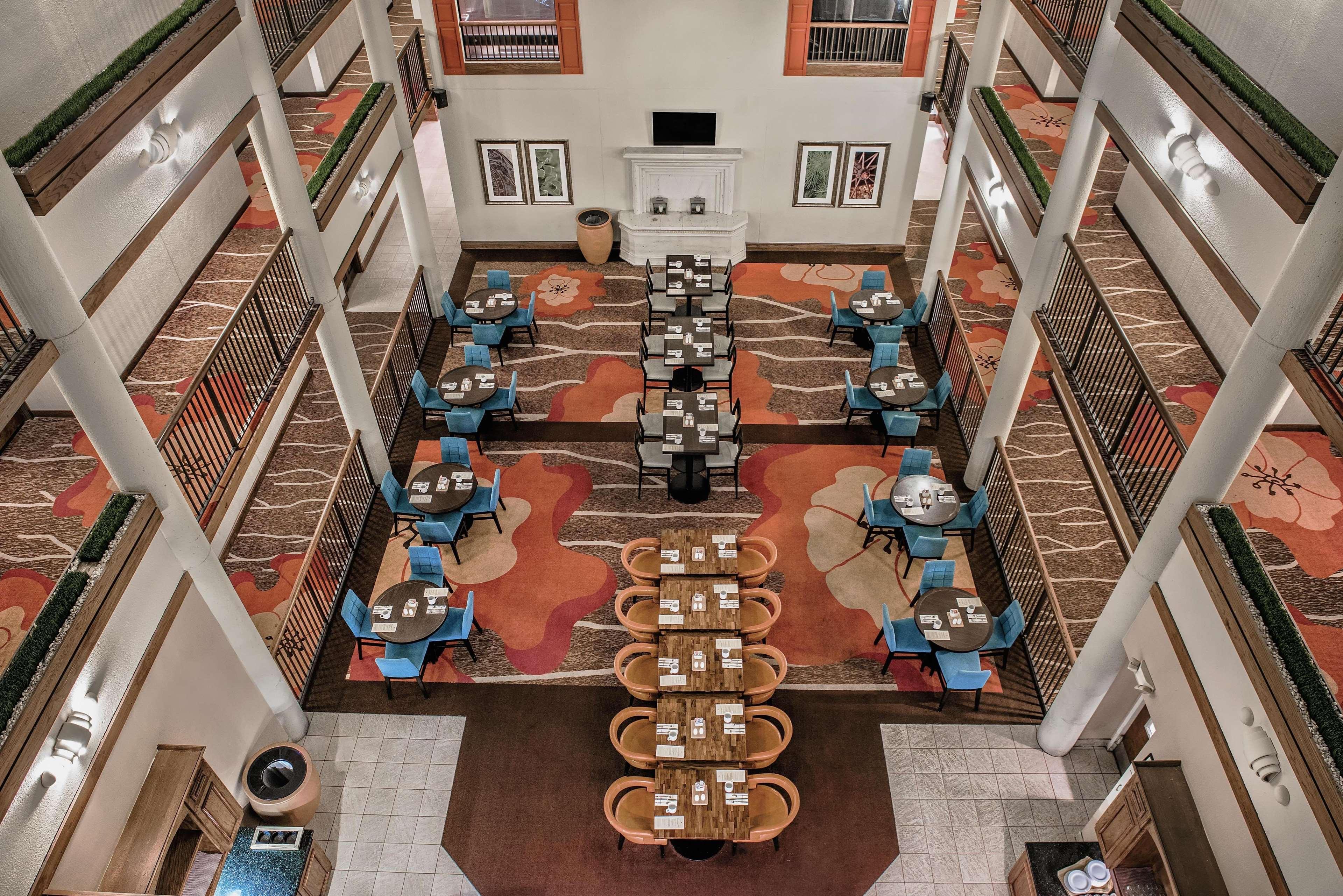 Hilton Garden Inn San Antonio Airport 12828 San Pedro Avenue San ...