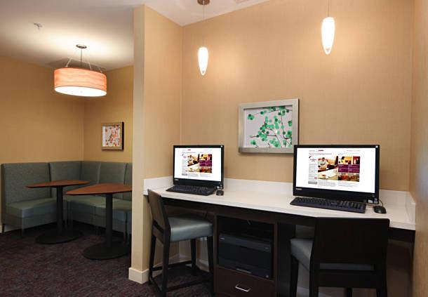 Residence Inn by Marriott Woodbridge Edison/Raritan Center image 10