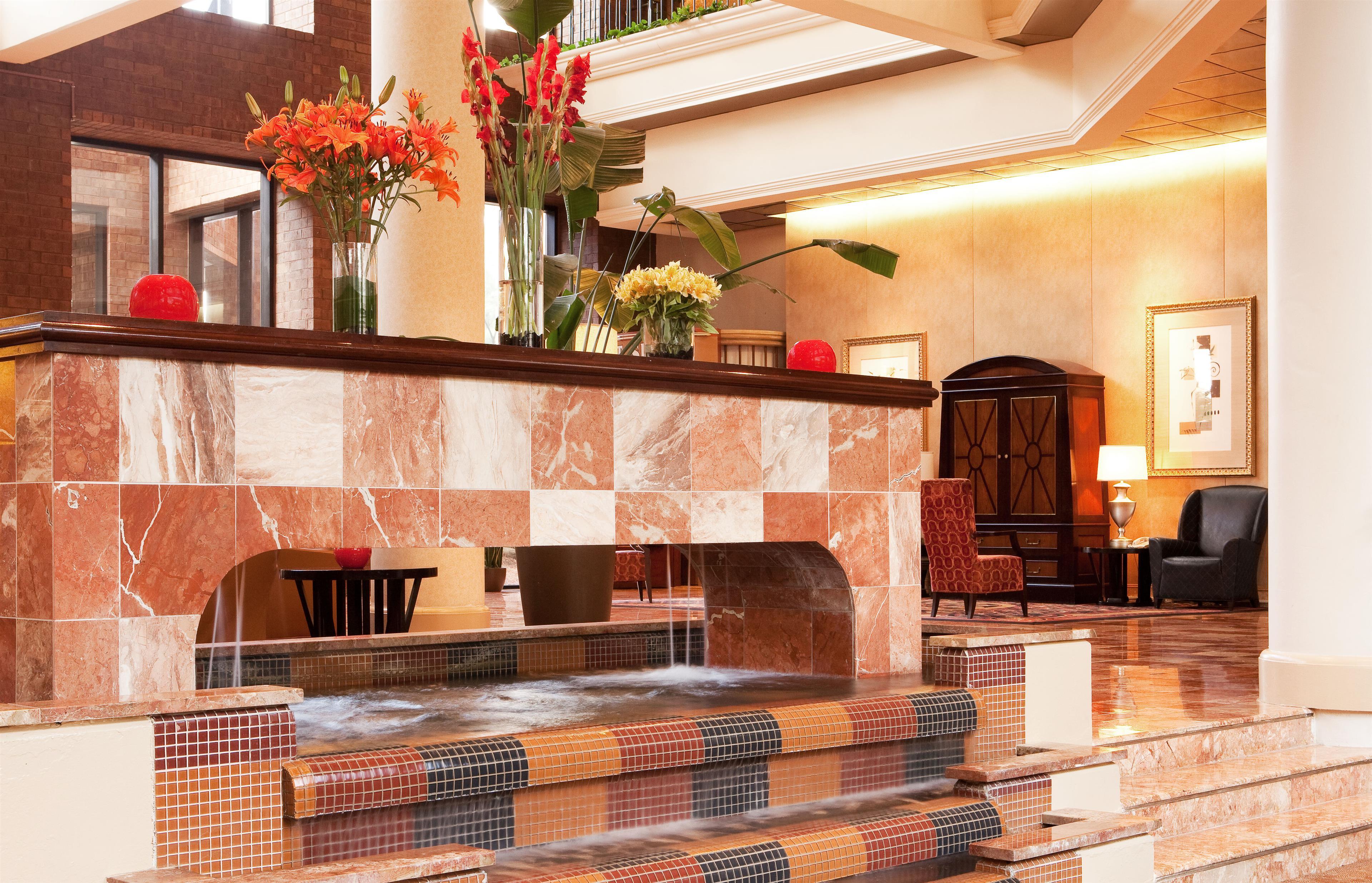 Sheraton Atlanta Airport Hotel image 2