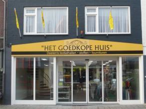 Deelen stoffen & Gordijnen Het Goedkope Huis - Openingstijden Deelen ...