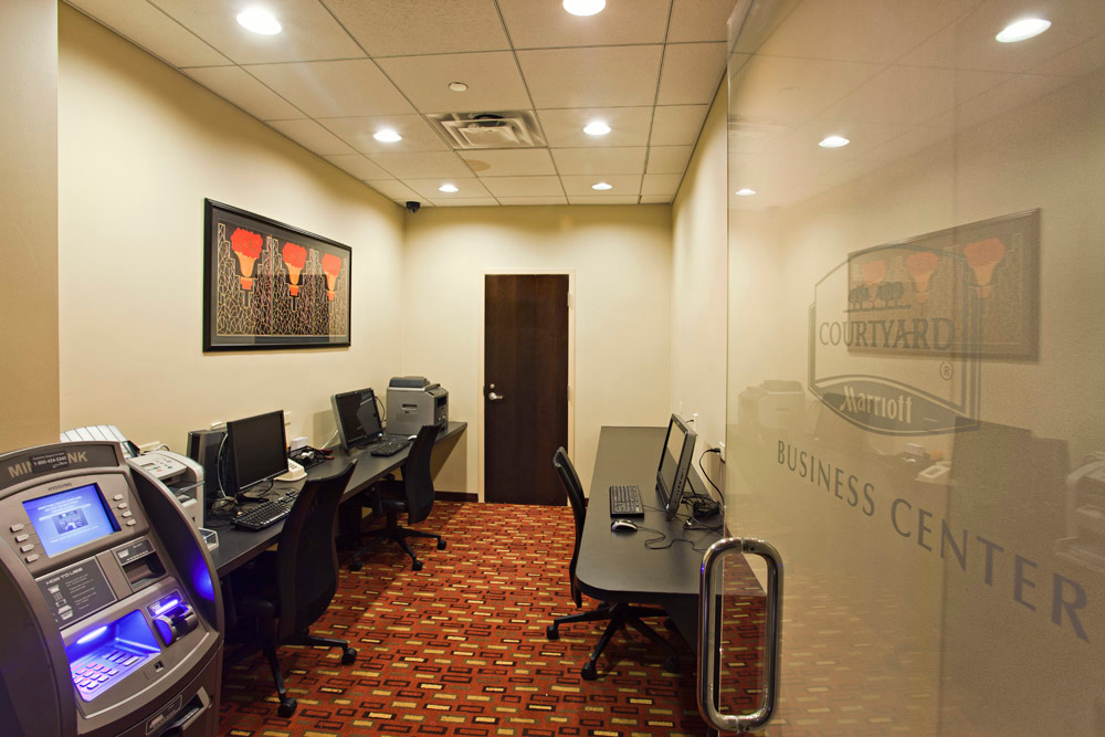 Courtyard by Marriott Chicago Downtown/Magnificent Mile image 5
