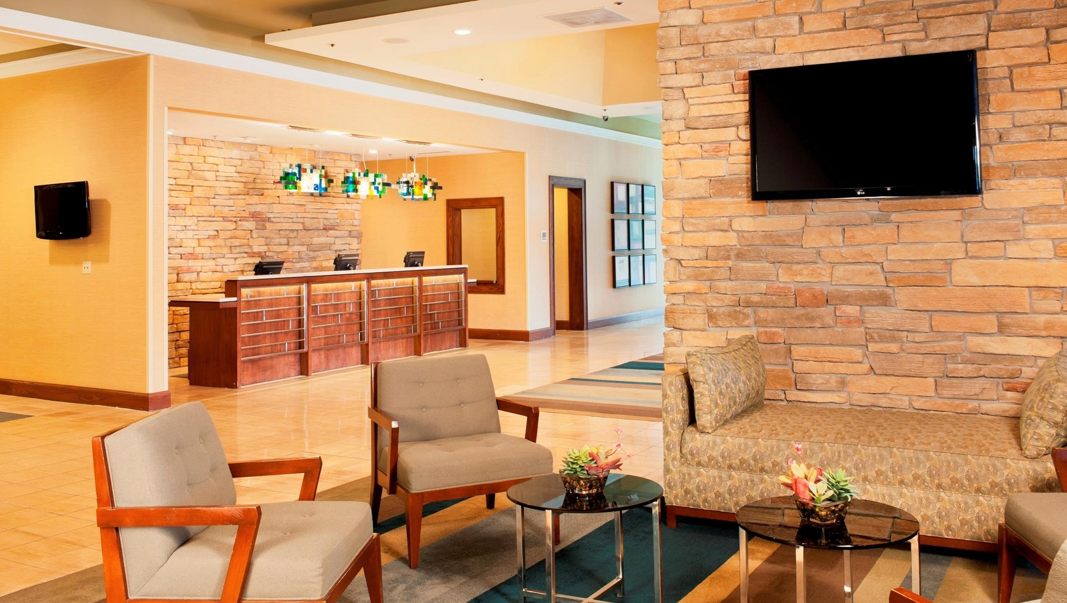 DoubleTree by Hilton Hotel Collinsville - St. Louis image 6