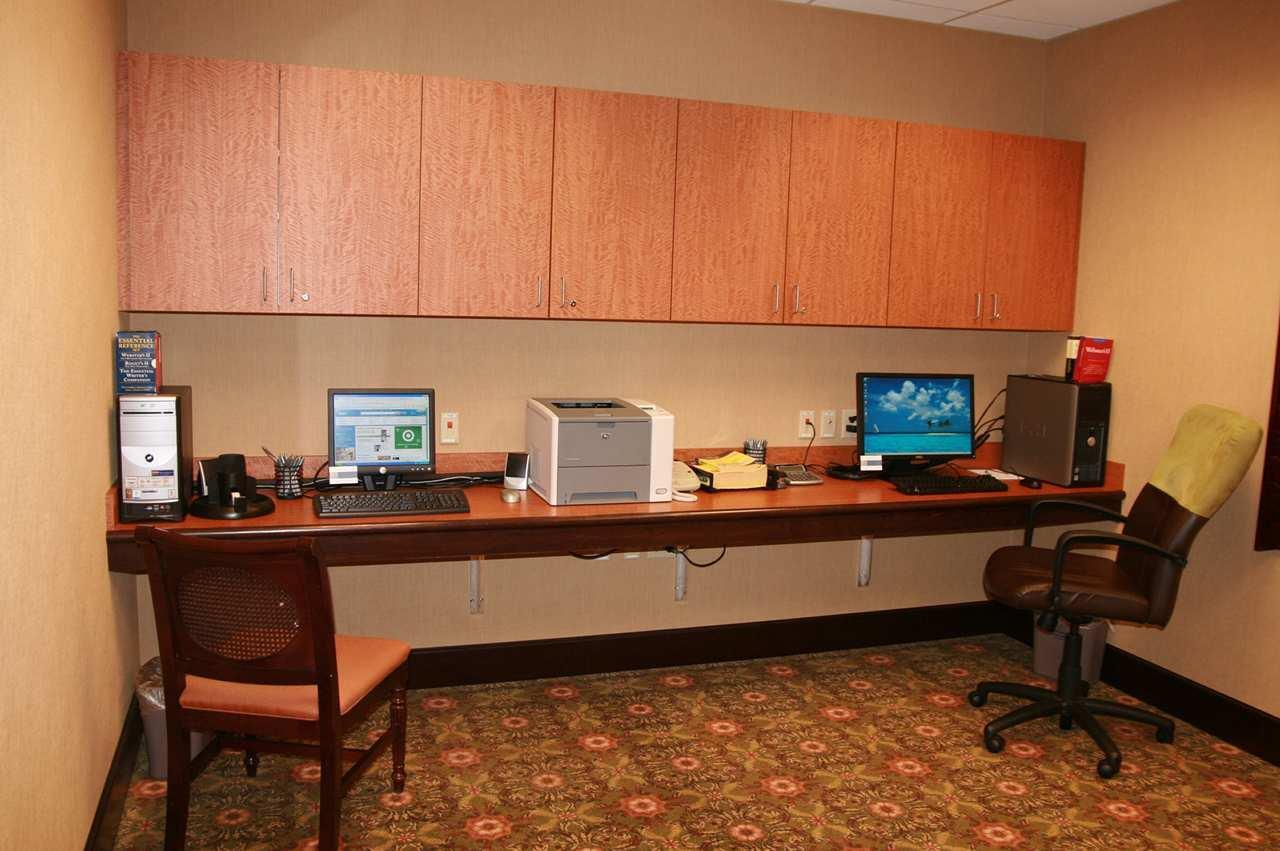 Hampton Inn & Suites Albany-Airport image 24