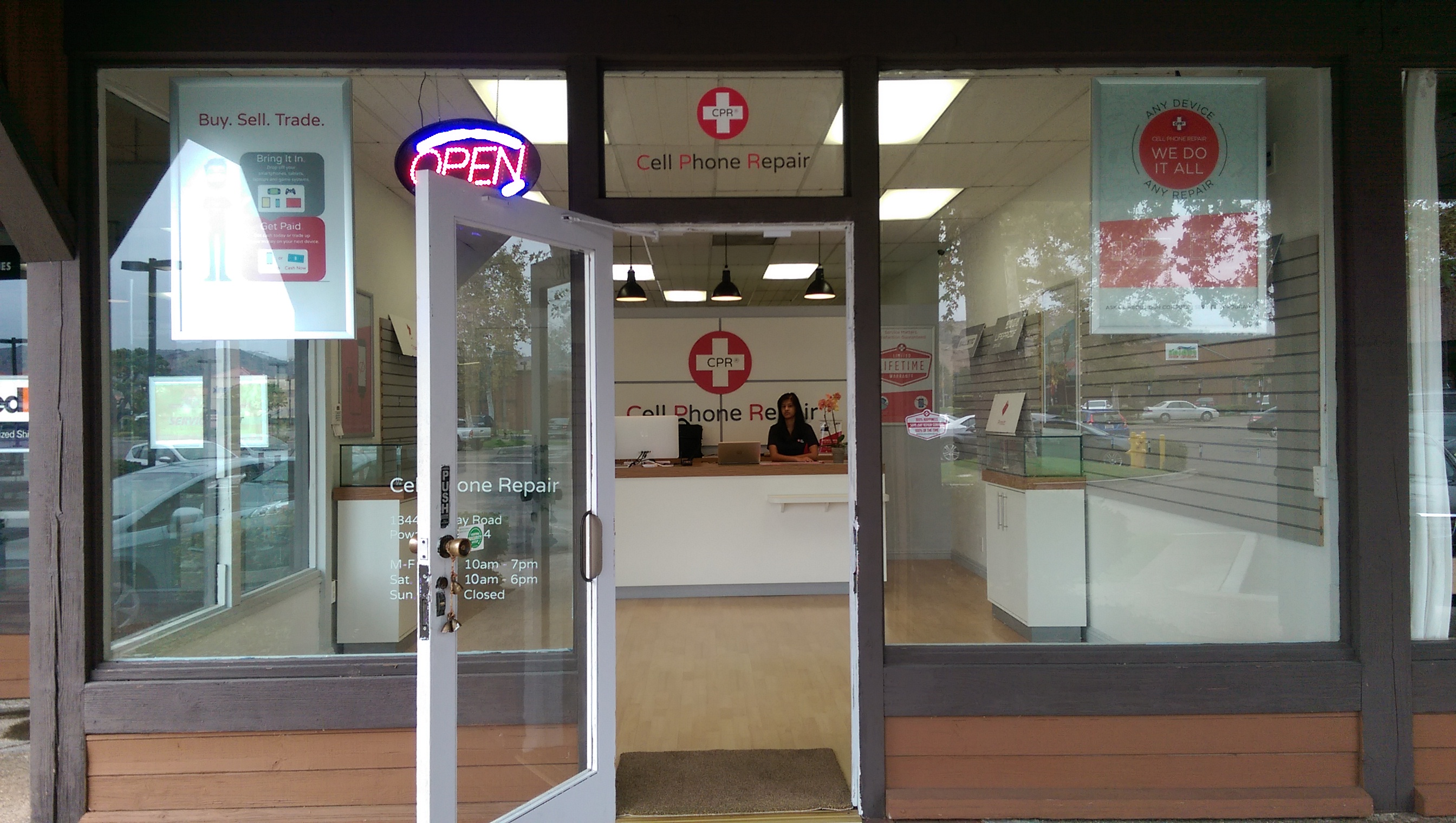 CPR Cell Phone Repair Poway image 5