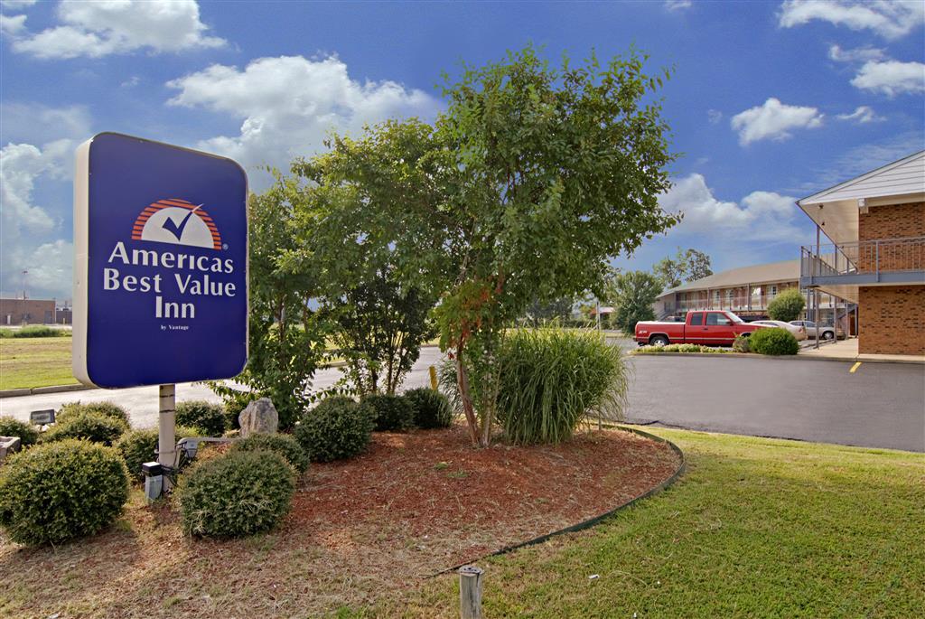 Americas Best Value Inn Jonesboro image 0