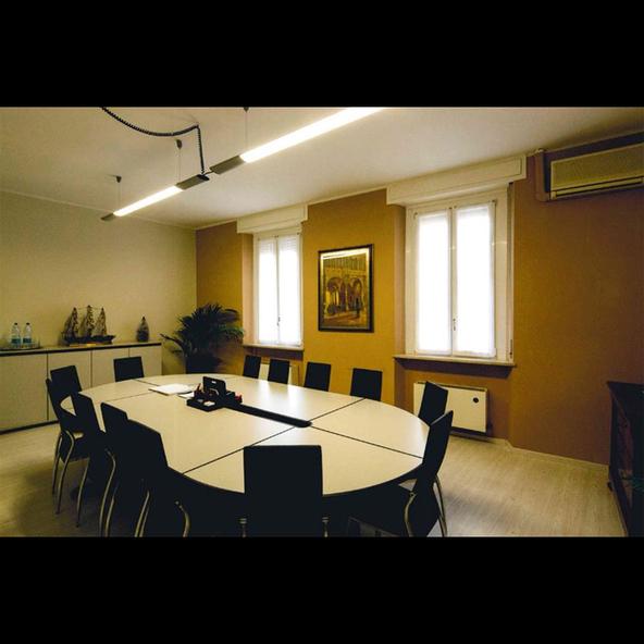 Studio associato dott antonio rodella contabili for Interno 4 montichiari