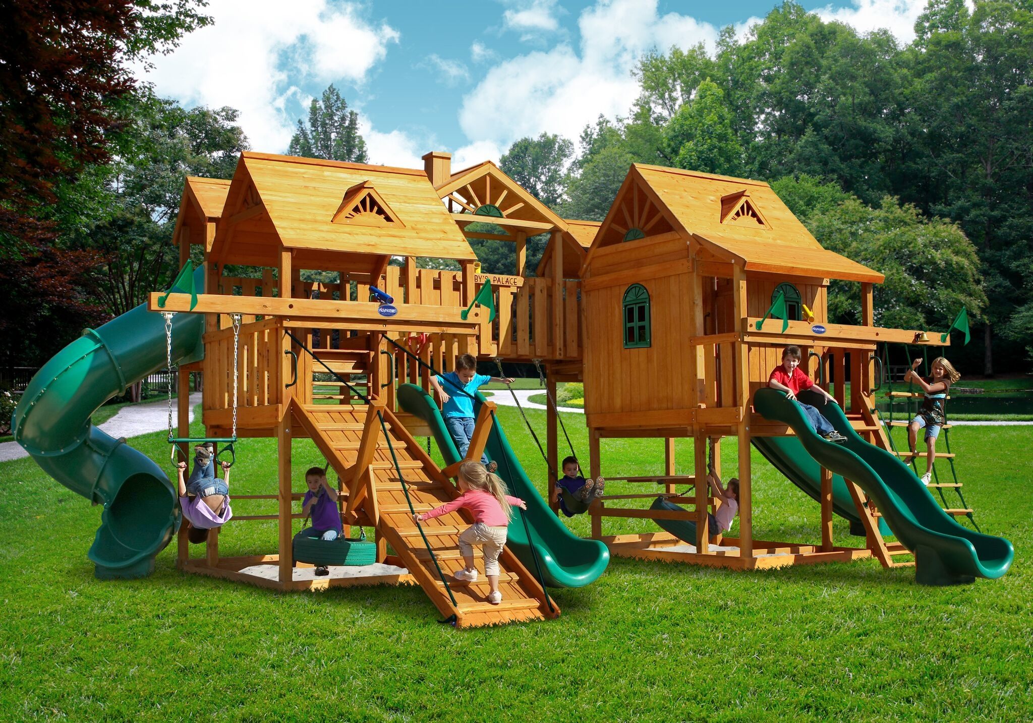 Outdoor Living and Play image 14