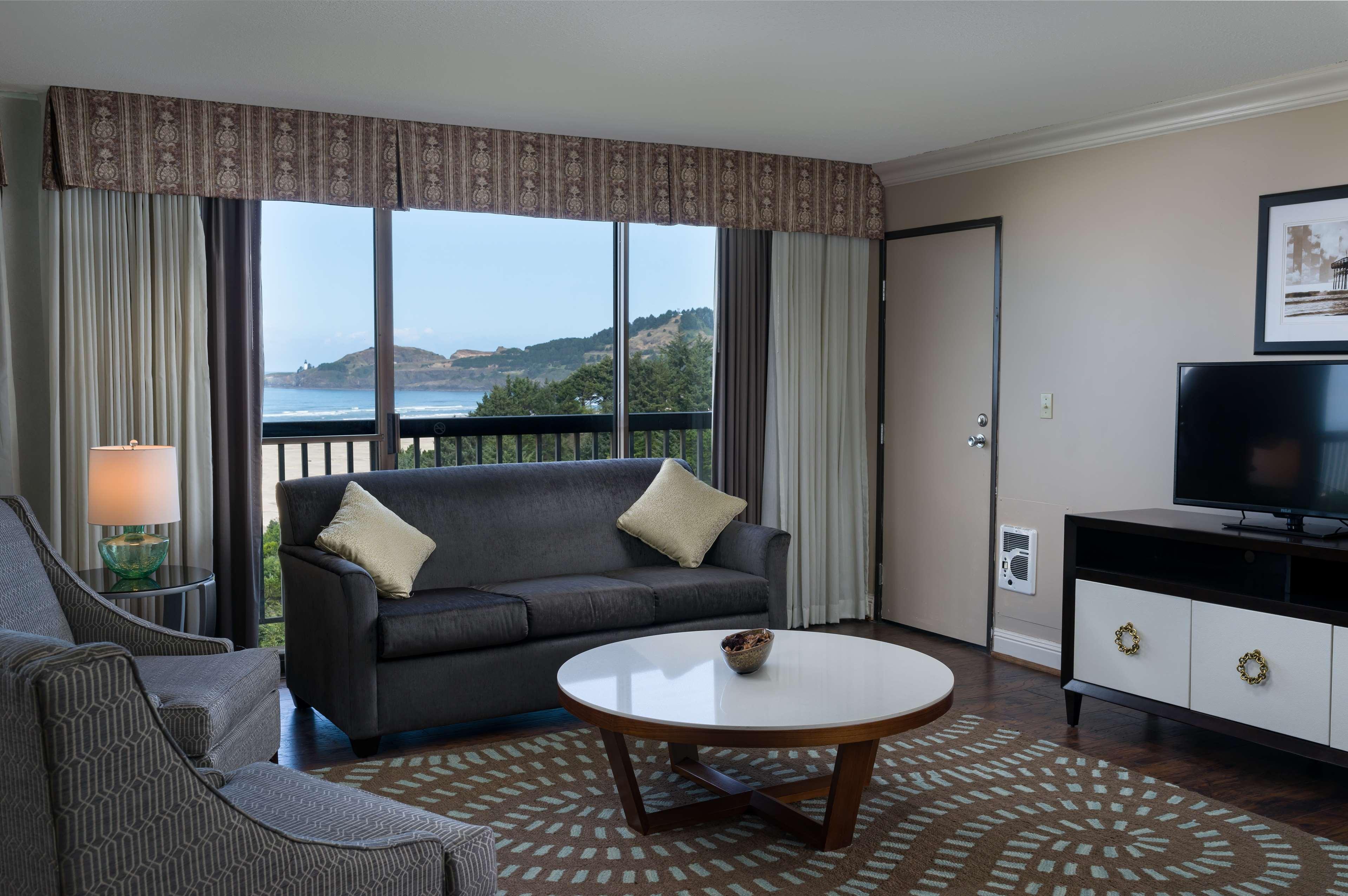 Best Western Agate Beach Inn image 15