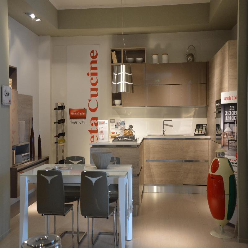 Casa giardino mobili a giugliano in campania infobel for Cioccari arredamenti via appia