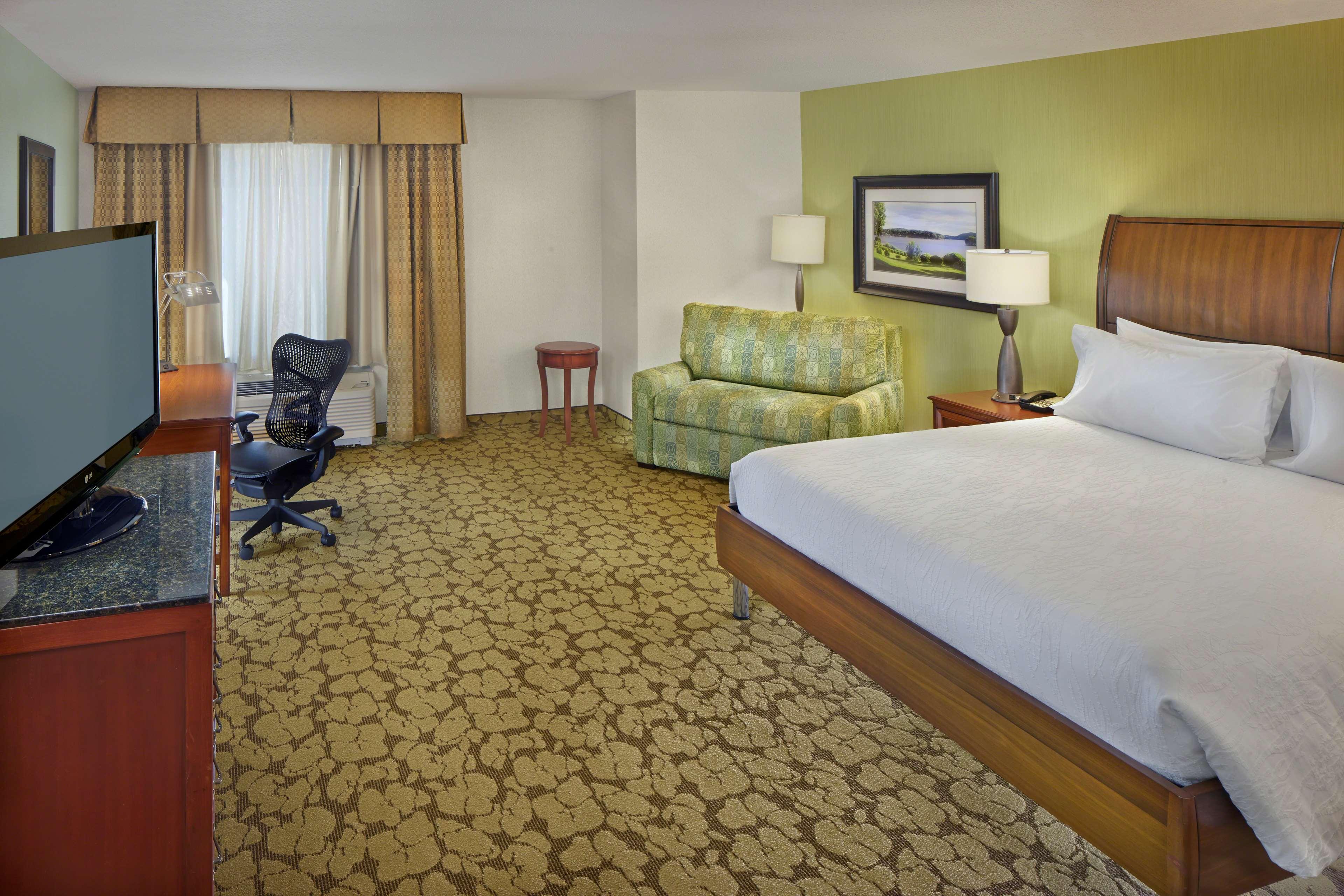 Hilton Garden Inn Danbury image 16