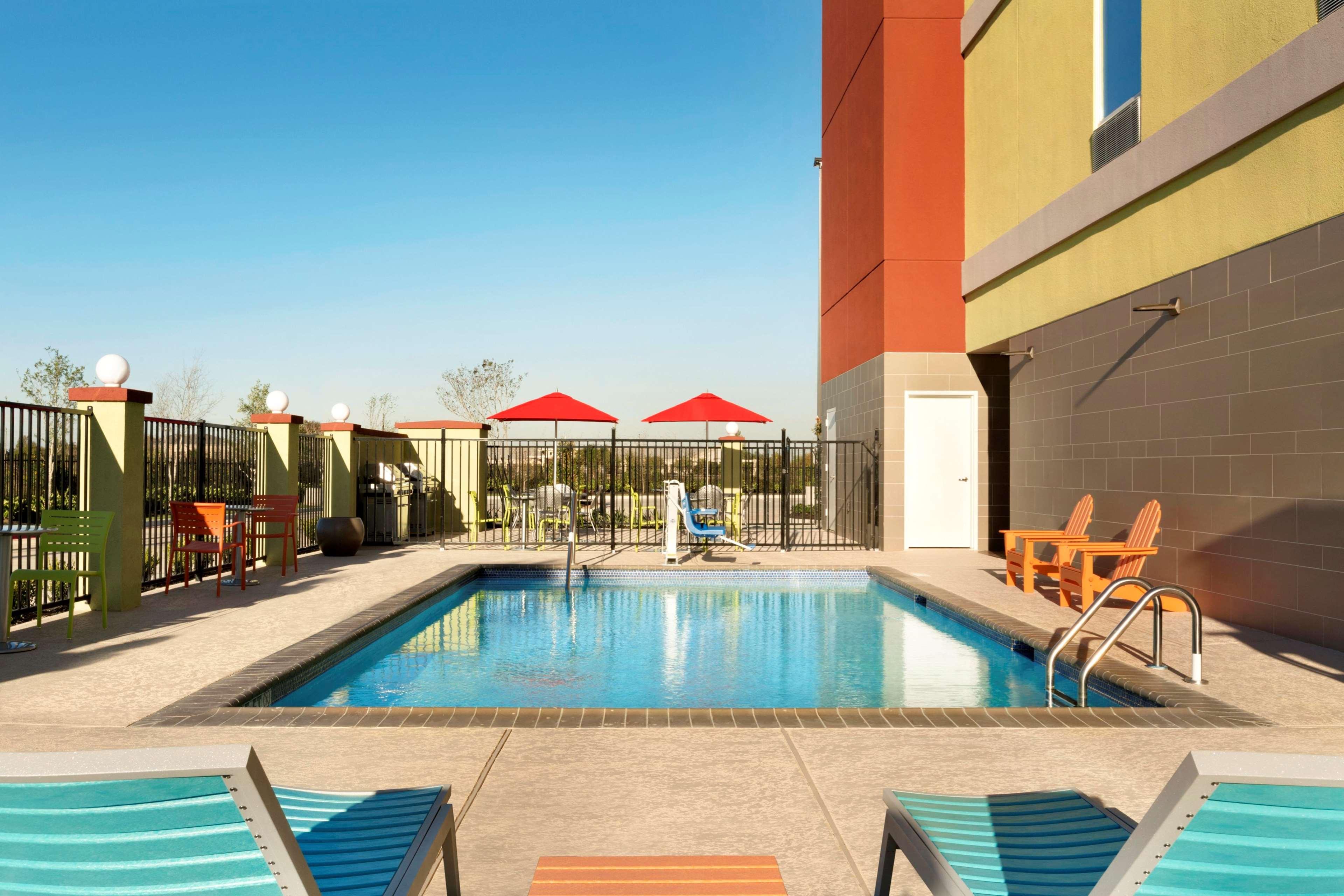 Home2 Suites by Hilton Houston Pasadena image 0