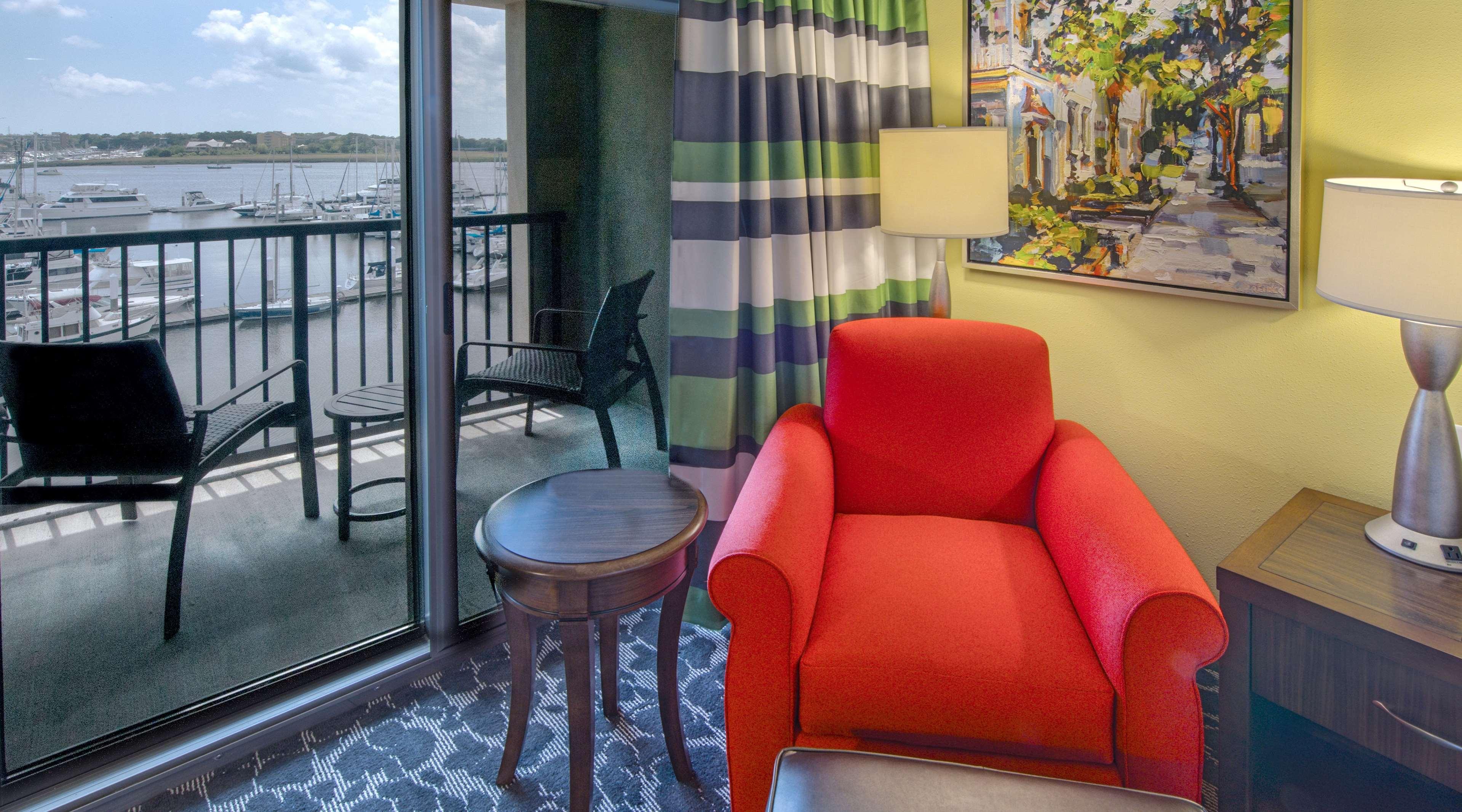Hilton Garden Inn Charleston Waterfront/Downtown image 14